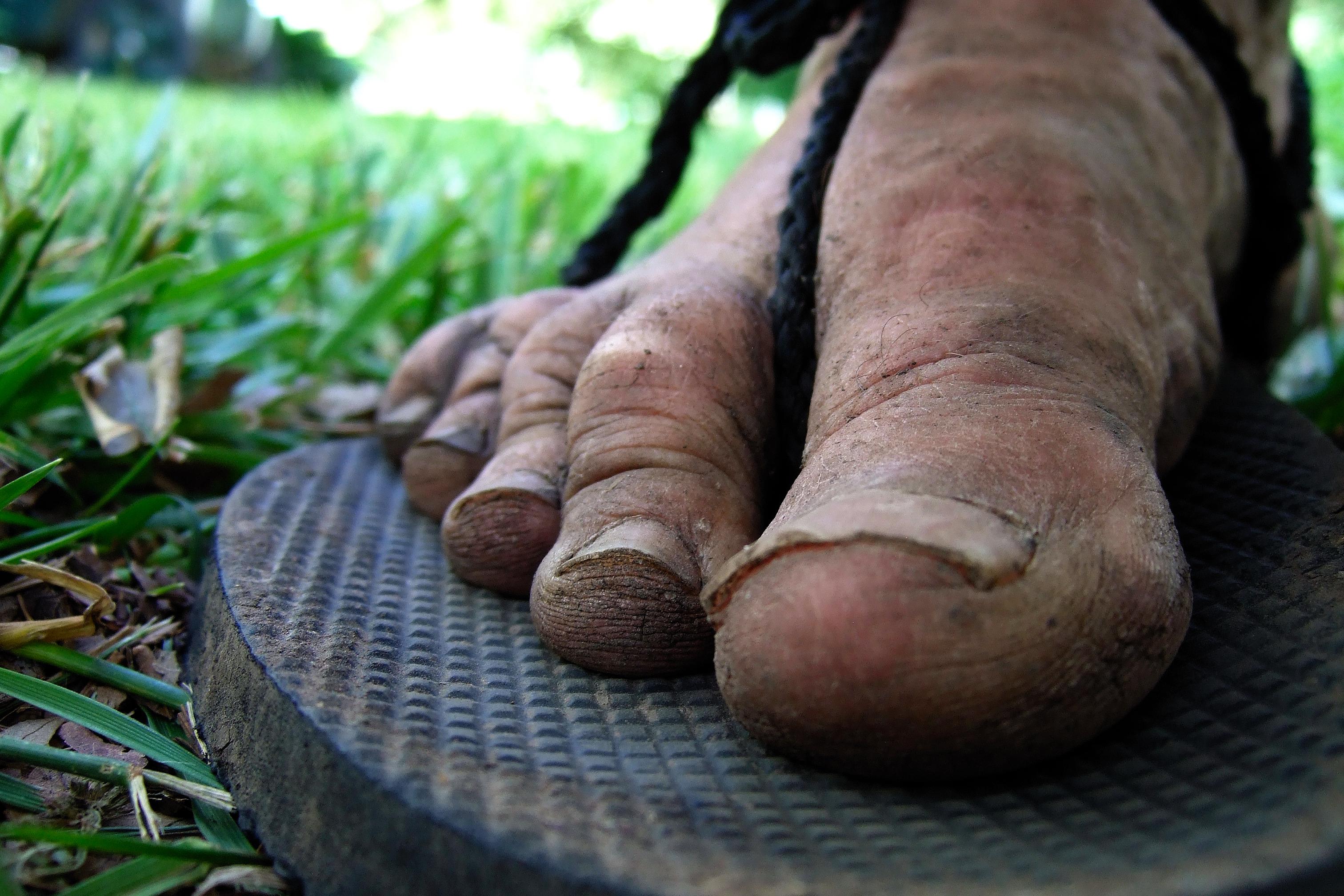 Muddy feet (365:141) | Breakfast in America