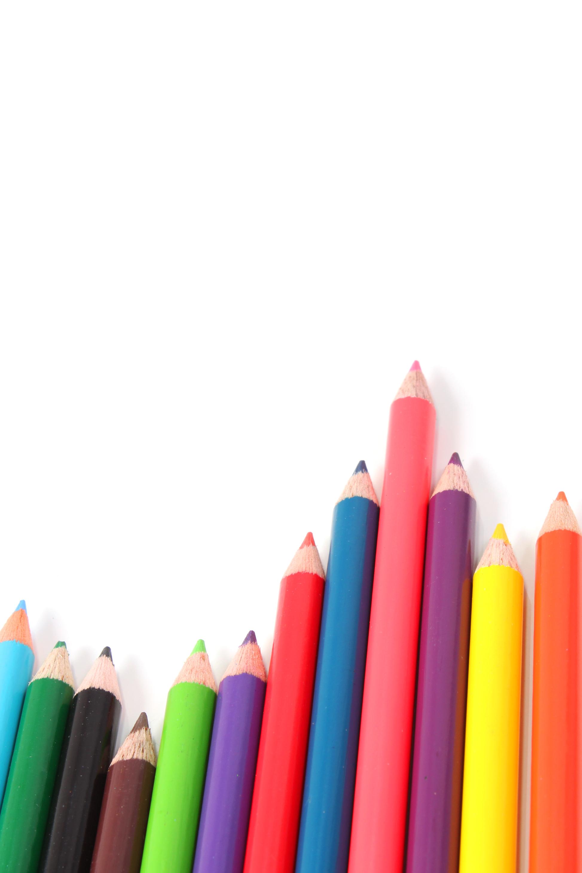Multicolor crayons photo