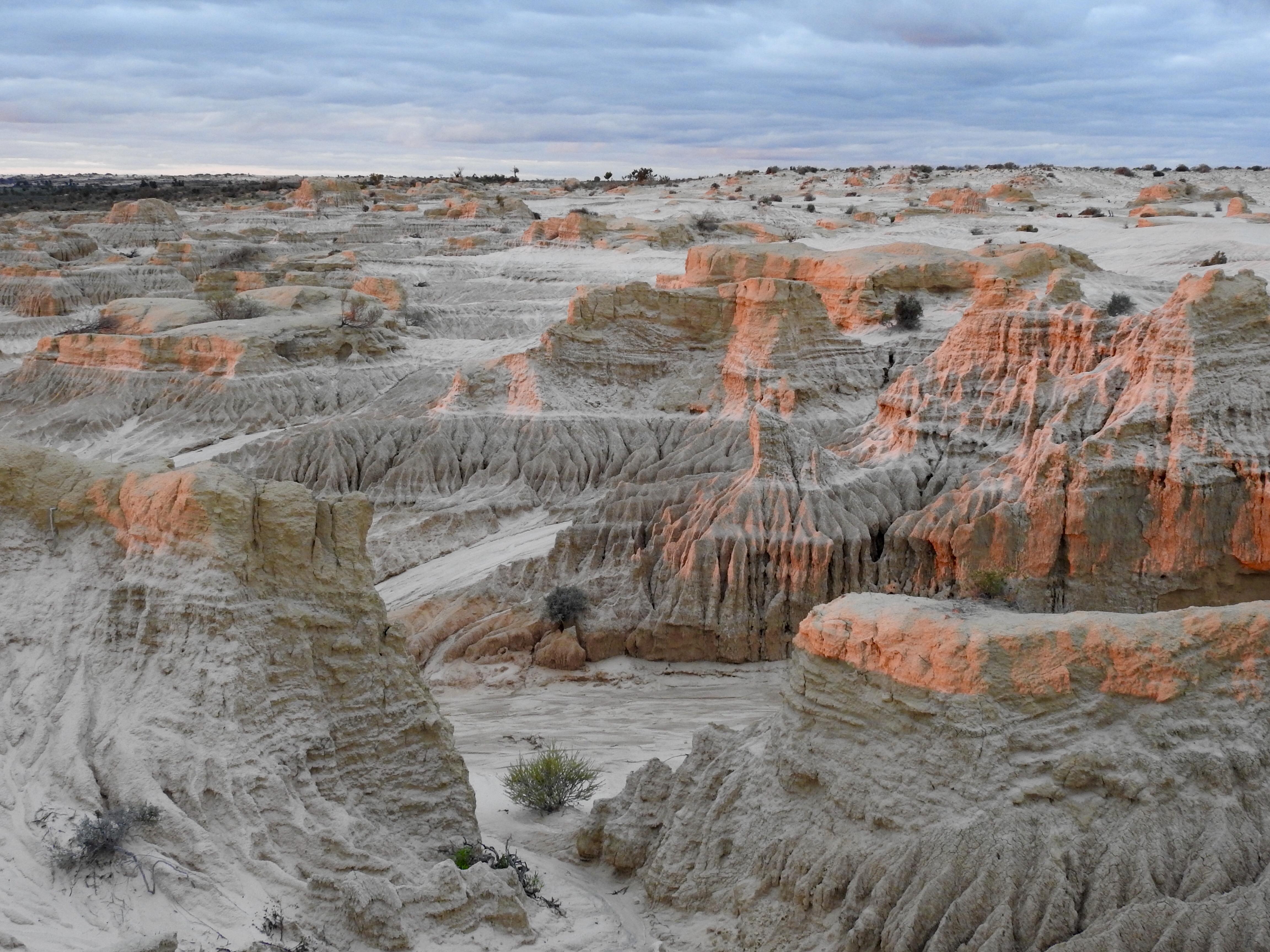 Mungo national park photo