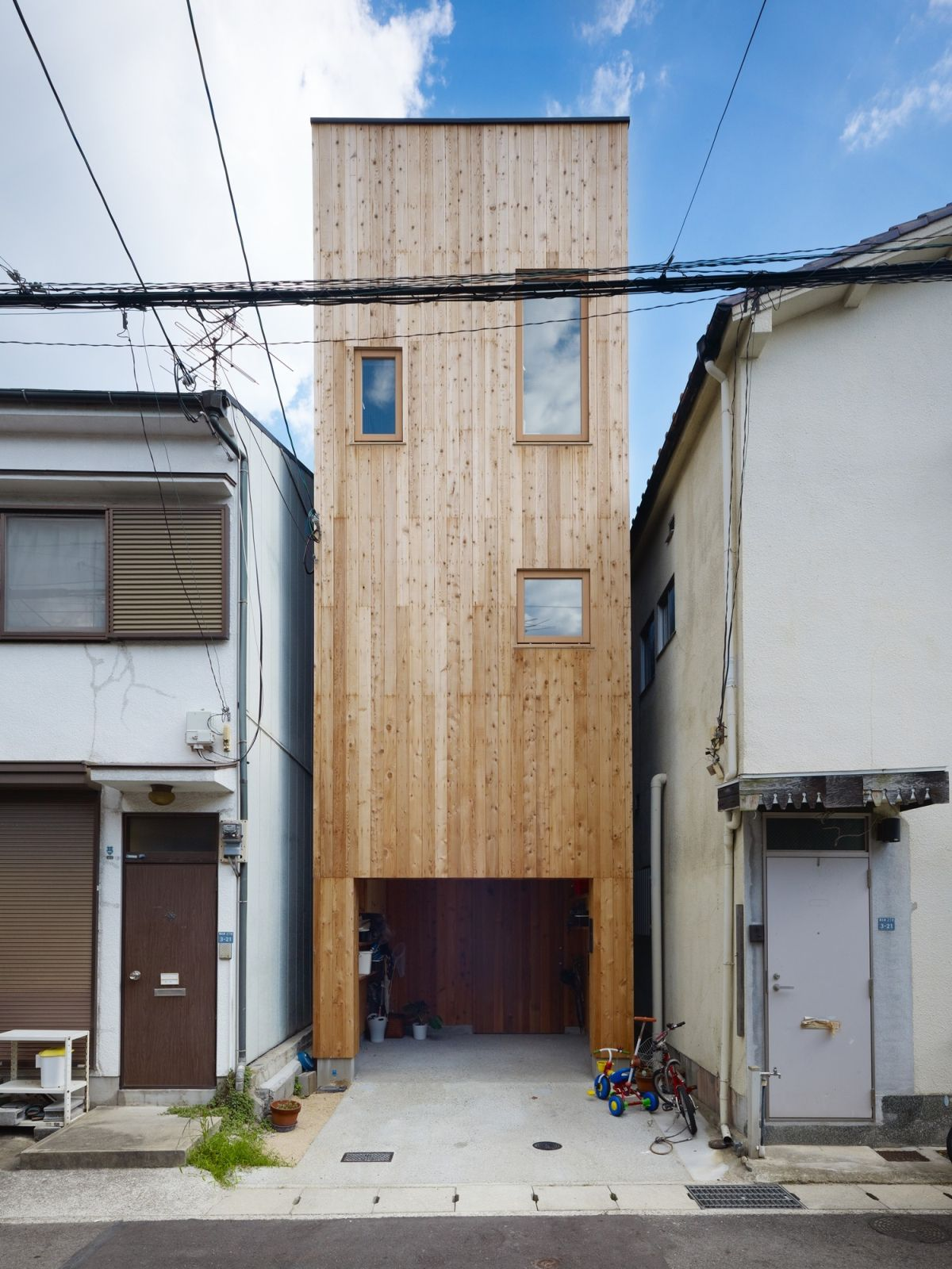 11 Spectacular Narrow Houses And Their Ingenious Design Solutions