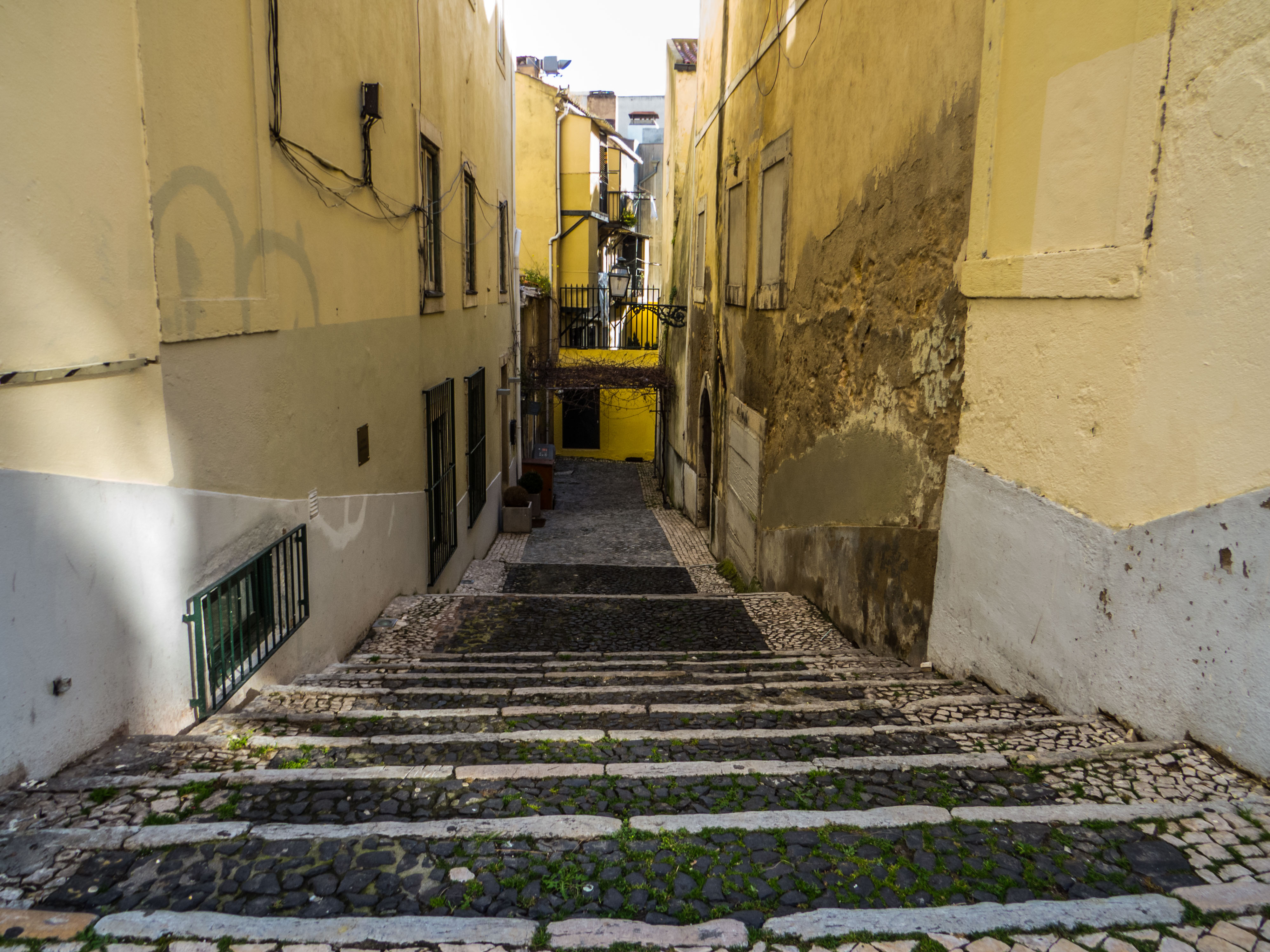 Narrow street of Lisbon, Portugal, Pavement, Romantic, Street, HQ Photo