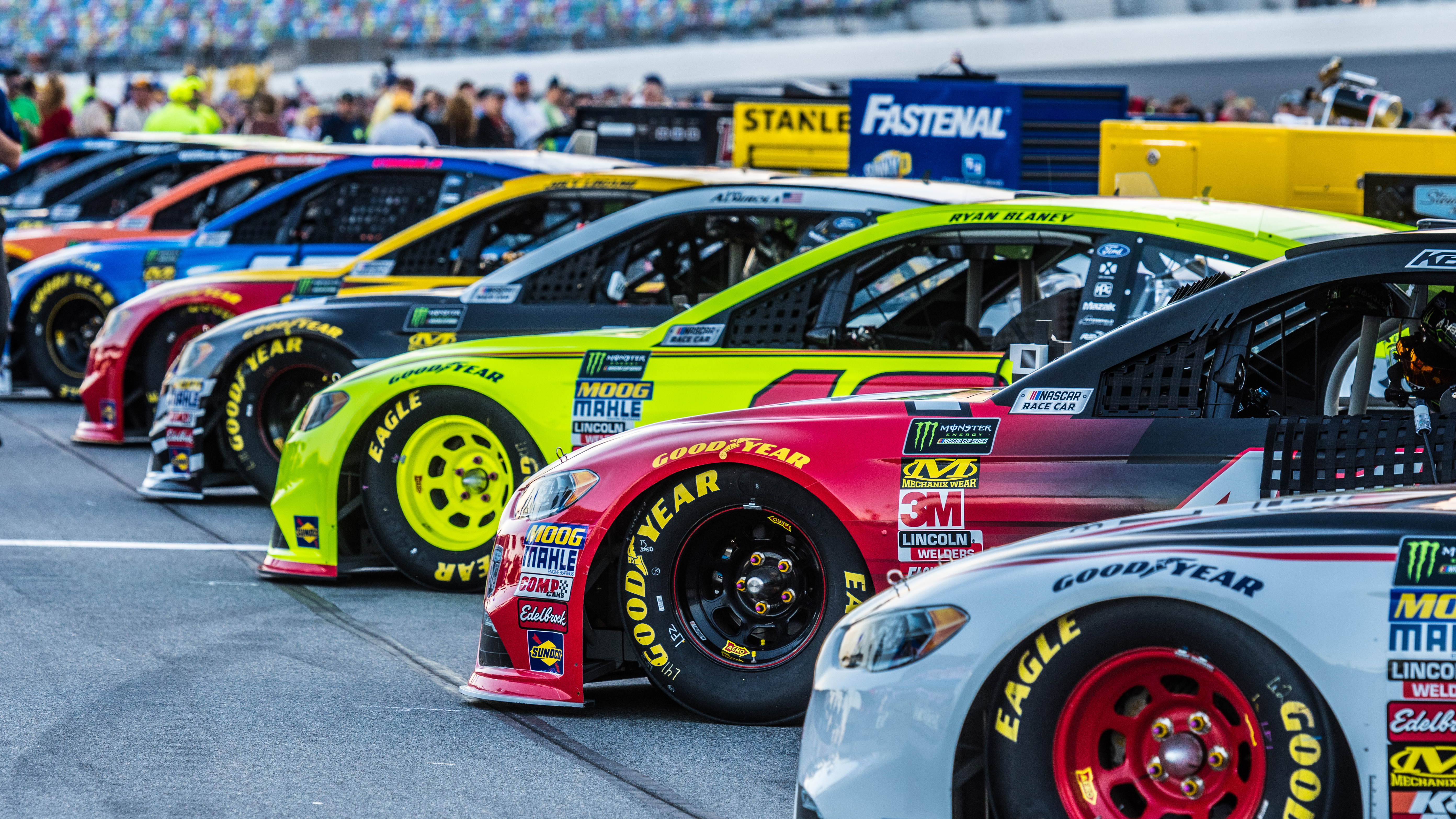 FOX NASCAR at Texas Motor Speedway Quotes & Programming Schedule ...
