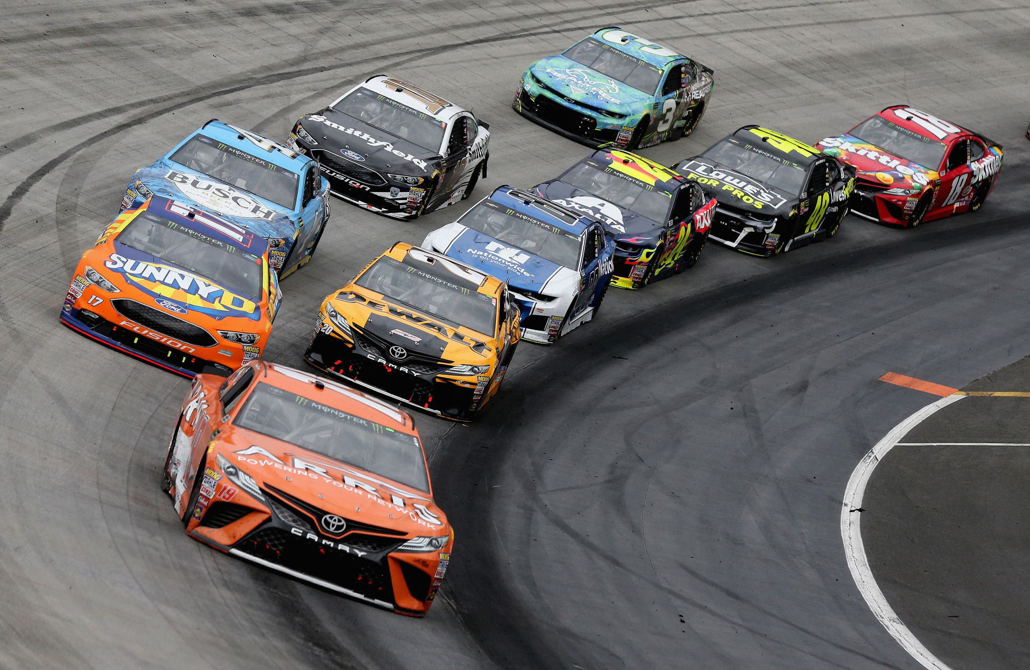 Kyle Busch wins weather-delayed NASCAR race at Bristol - Orlando ...