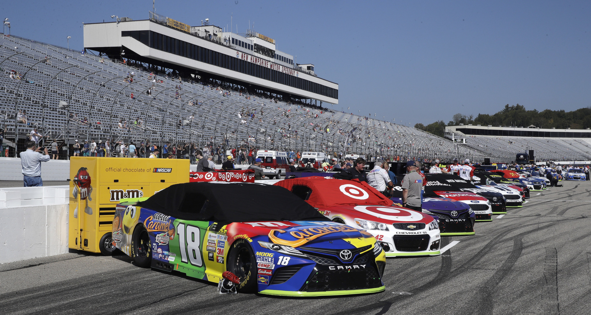 Trump 'proud of NASCAR' for protest-free New Hampshire race ...