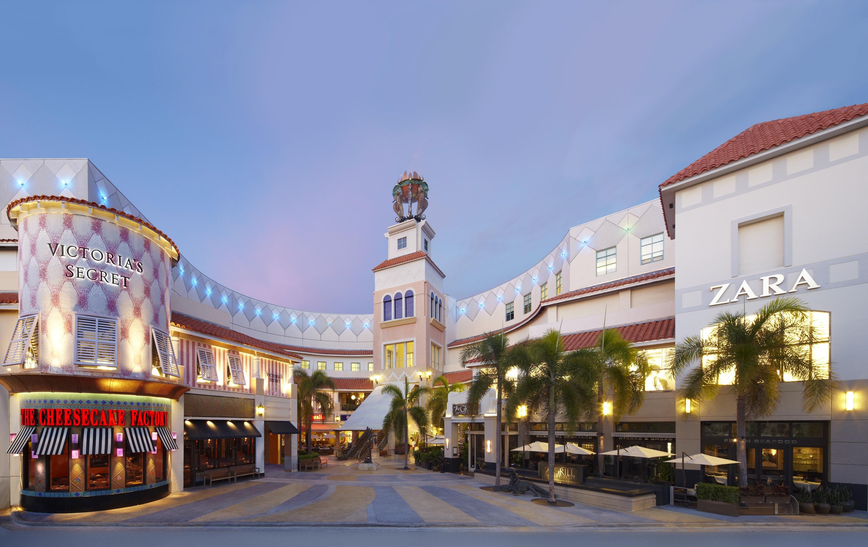 Aventura #Mall, across the street from #Turnberry Isle Miami ...