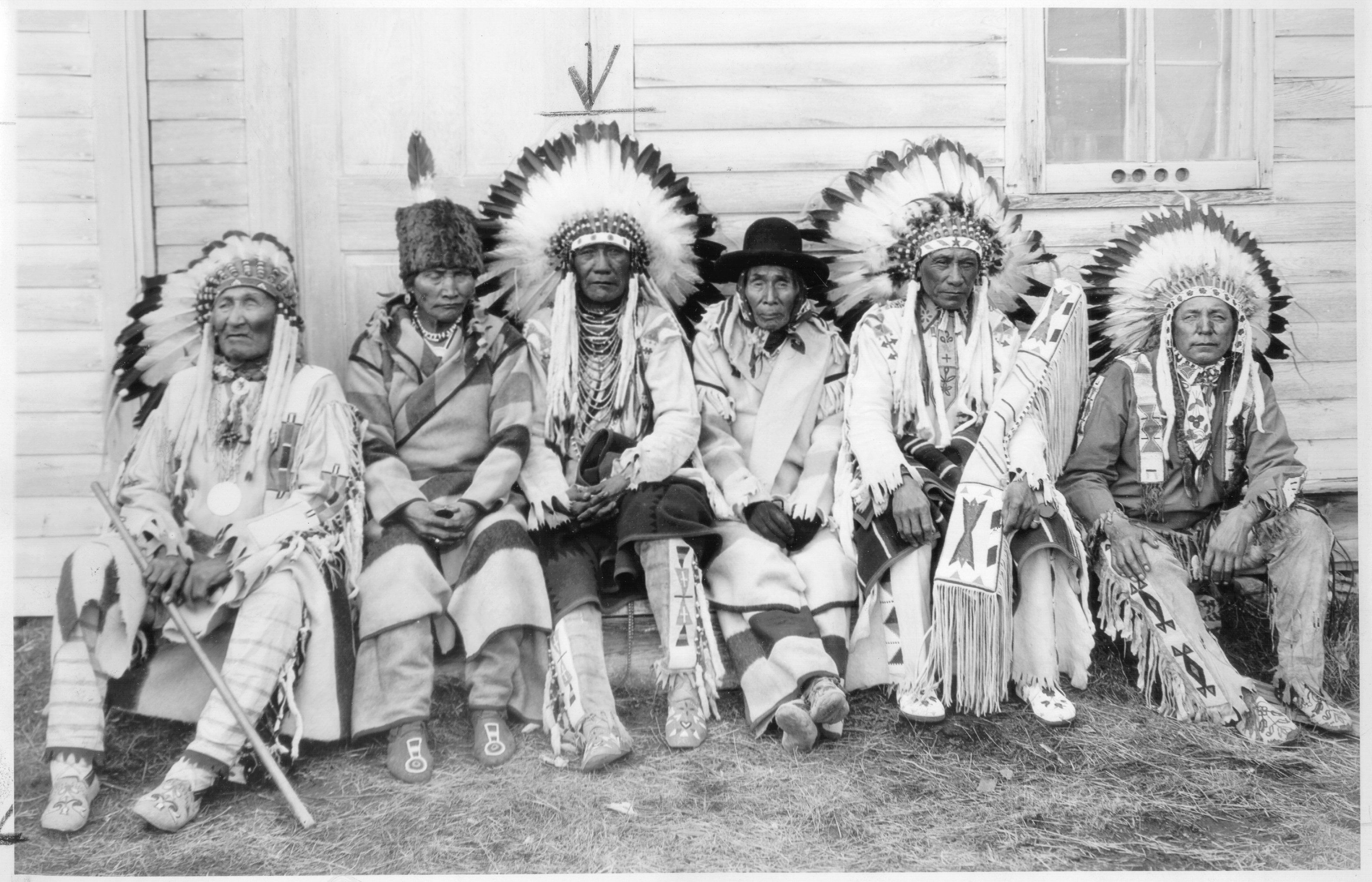 Traditional Native American Clothing   Six Native American men in ...