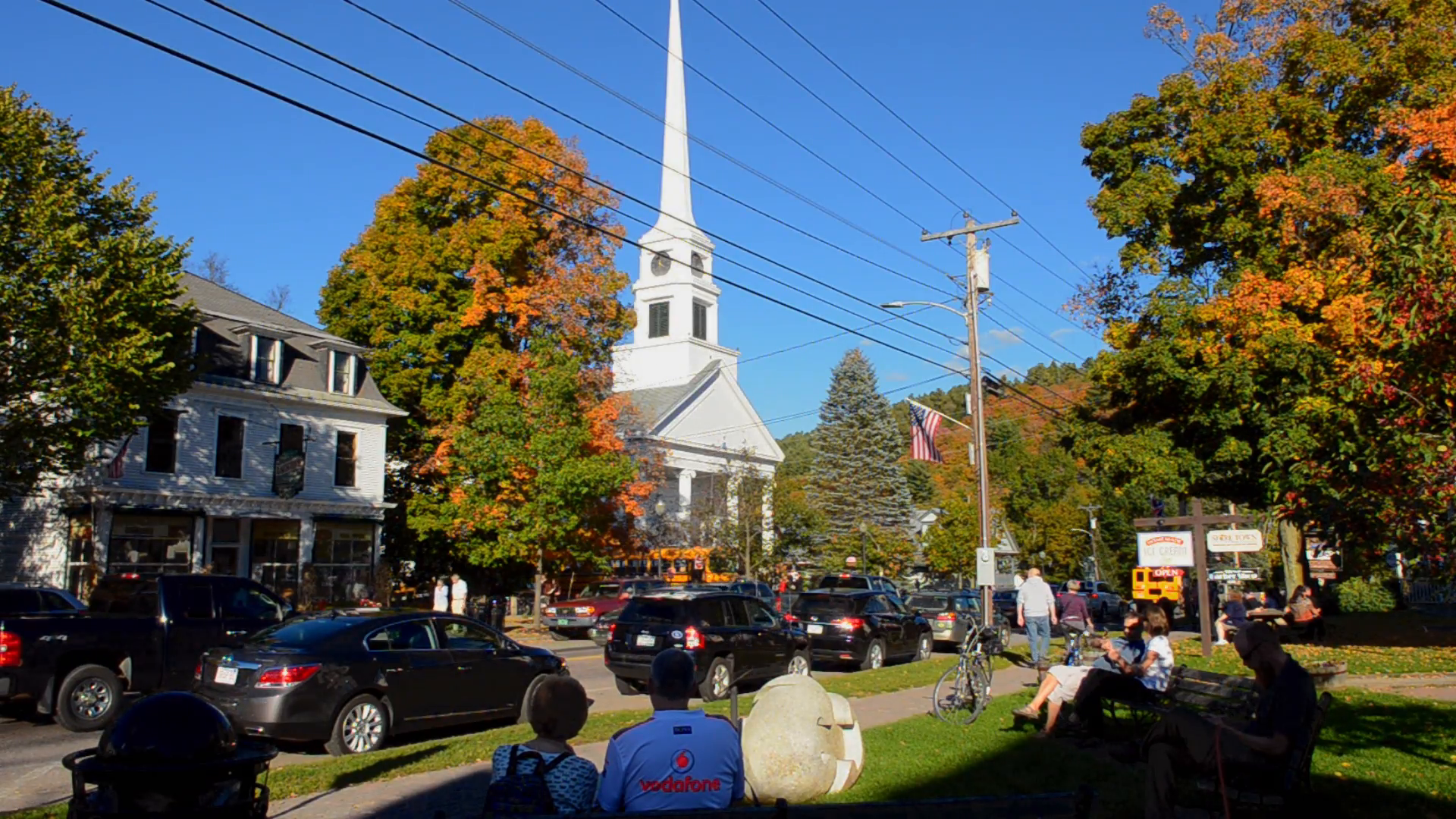 Fall colors of Stowe Vermont in New England with Stowe Community ...