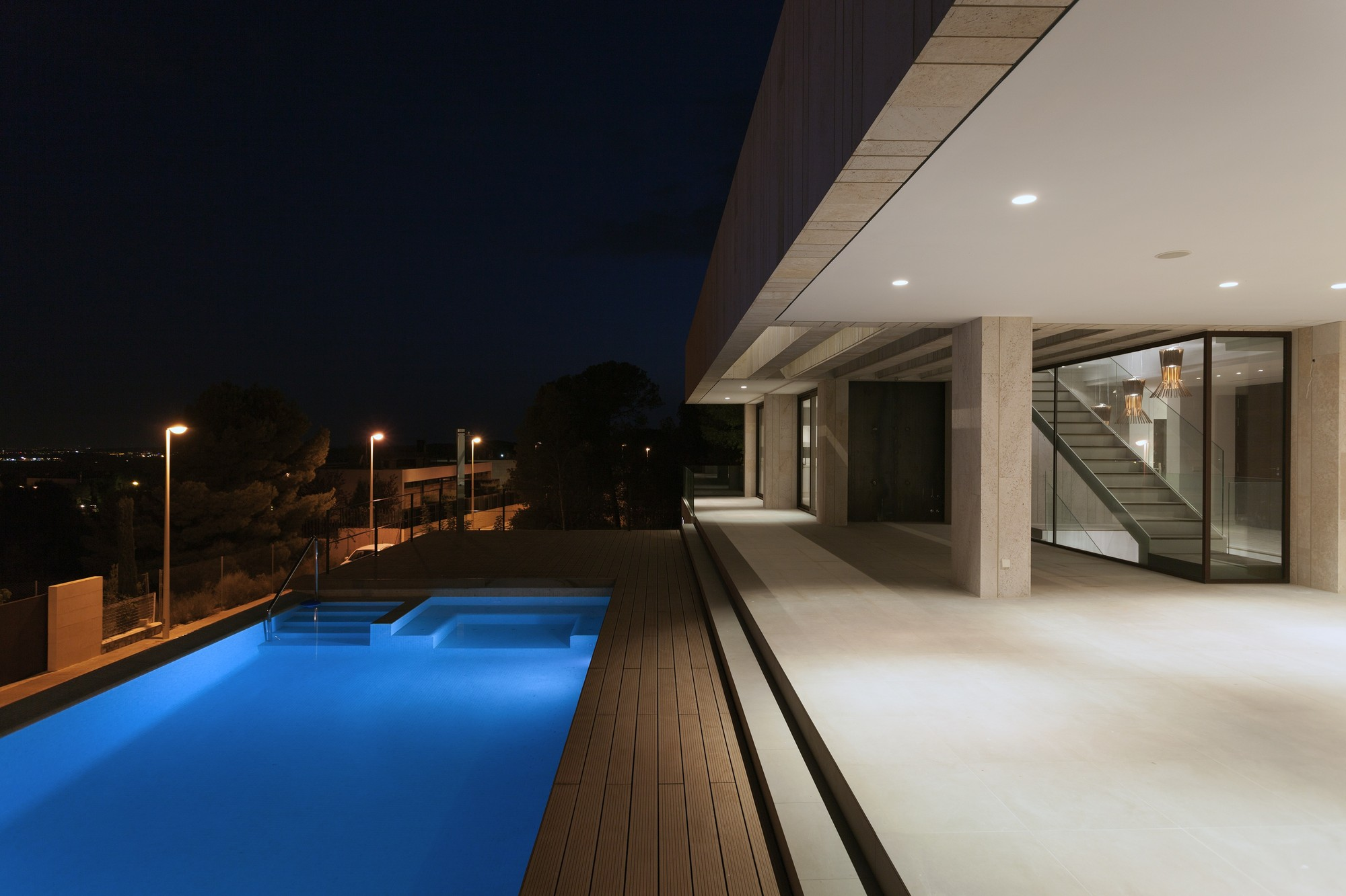 Cool Square Shaped Swimming Pool Inside Monasterios Residence ...