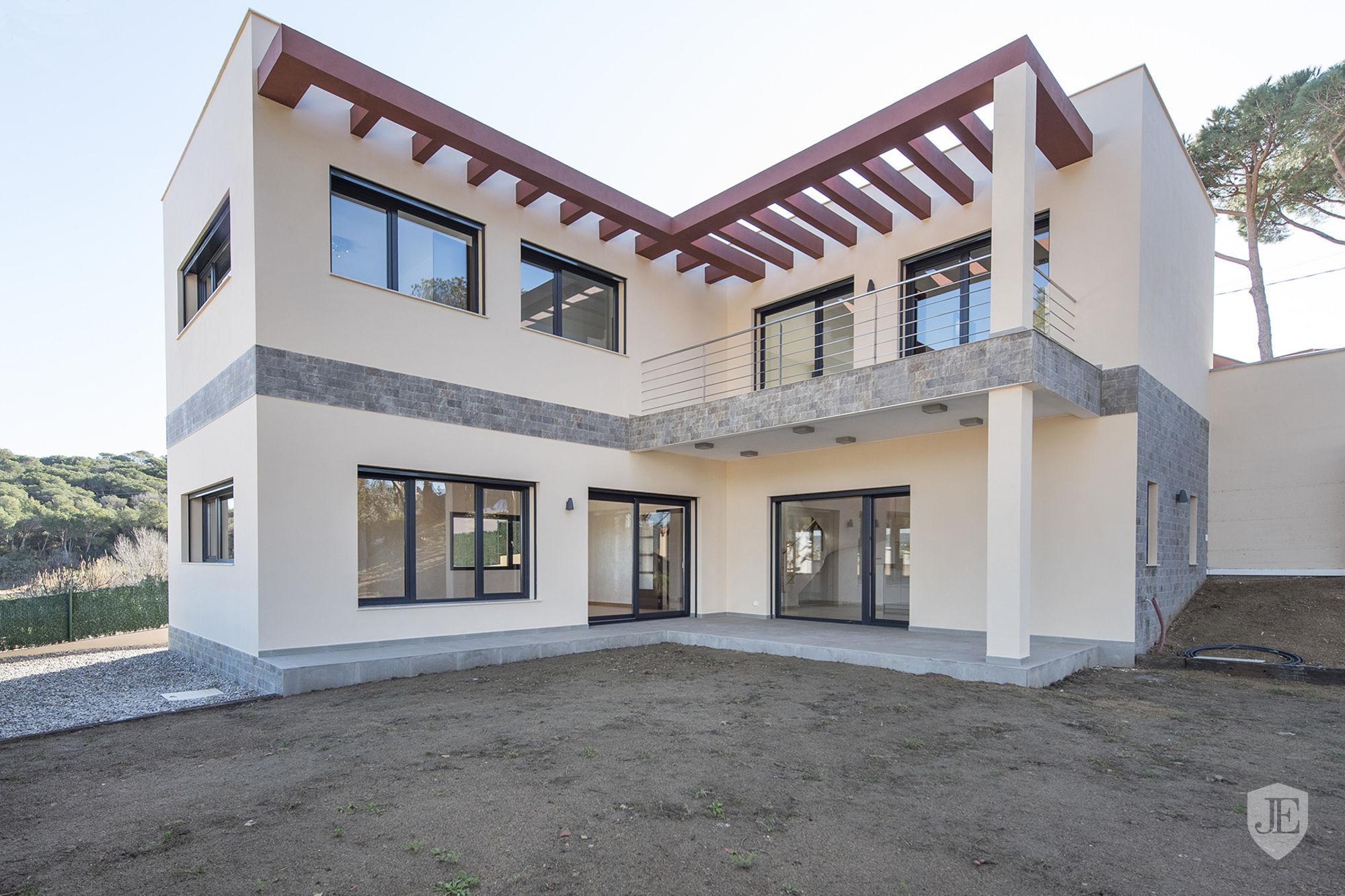 Newly built house photo