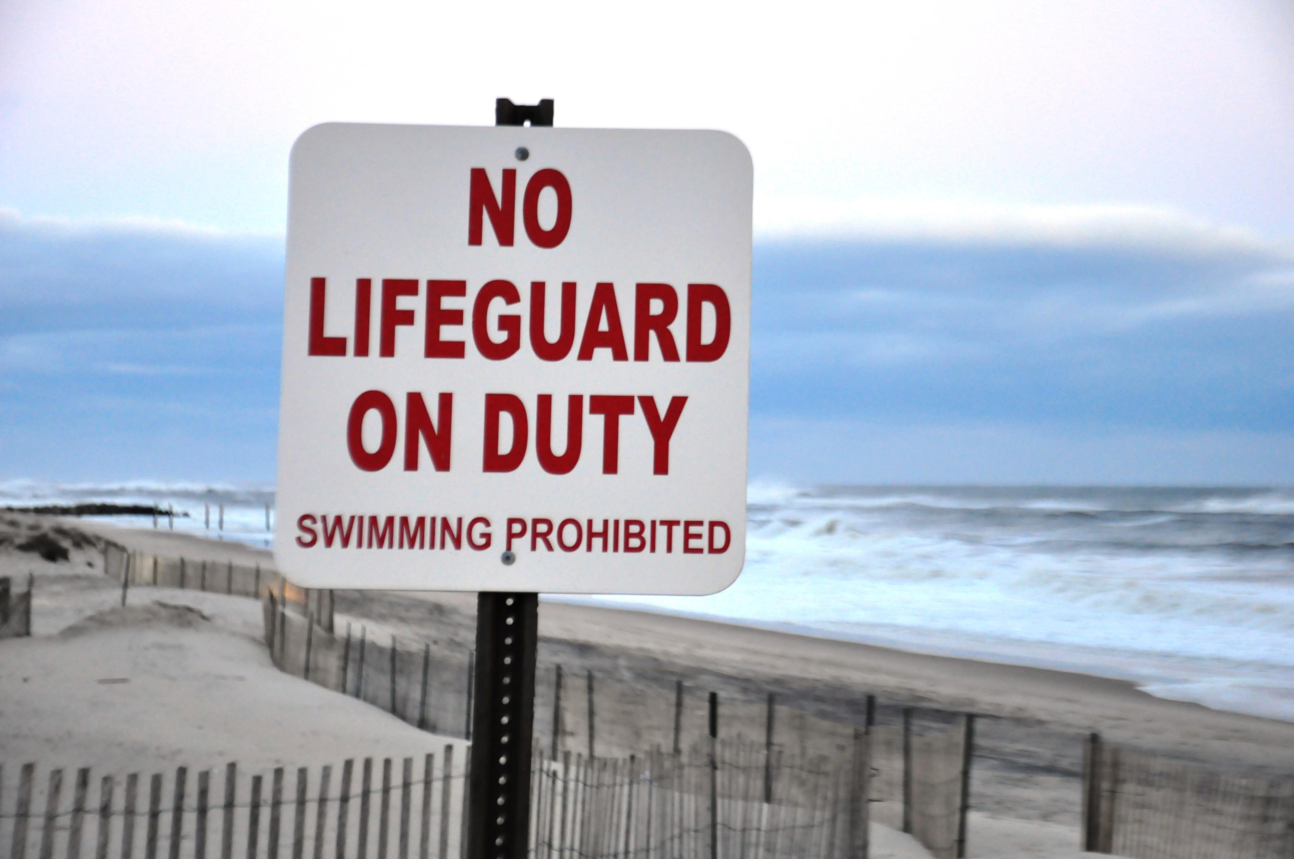 No lifeguard photo