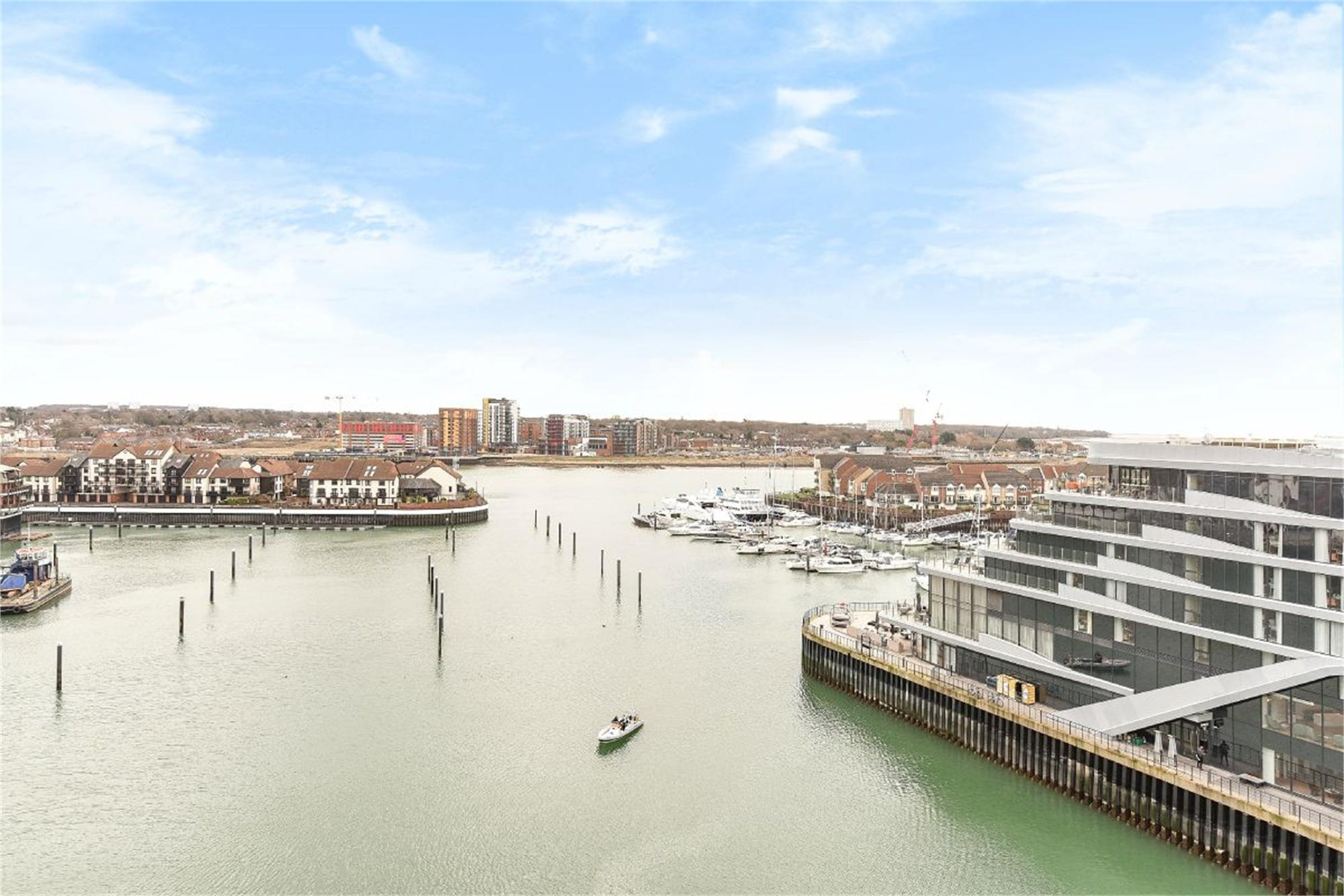 Alexandra Wharf, 2 Maritime Walk, Ocean Village, Southampton ...