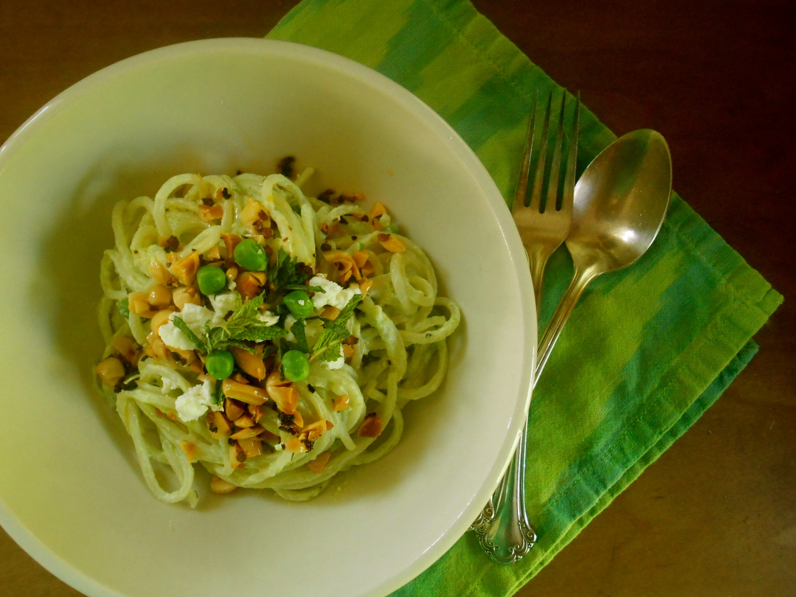 pasta with yogurt, peas and chili oil | COTTAGE GROVE HOUSE