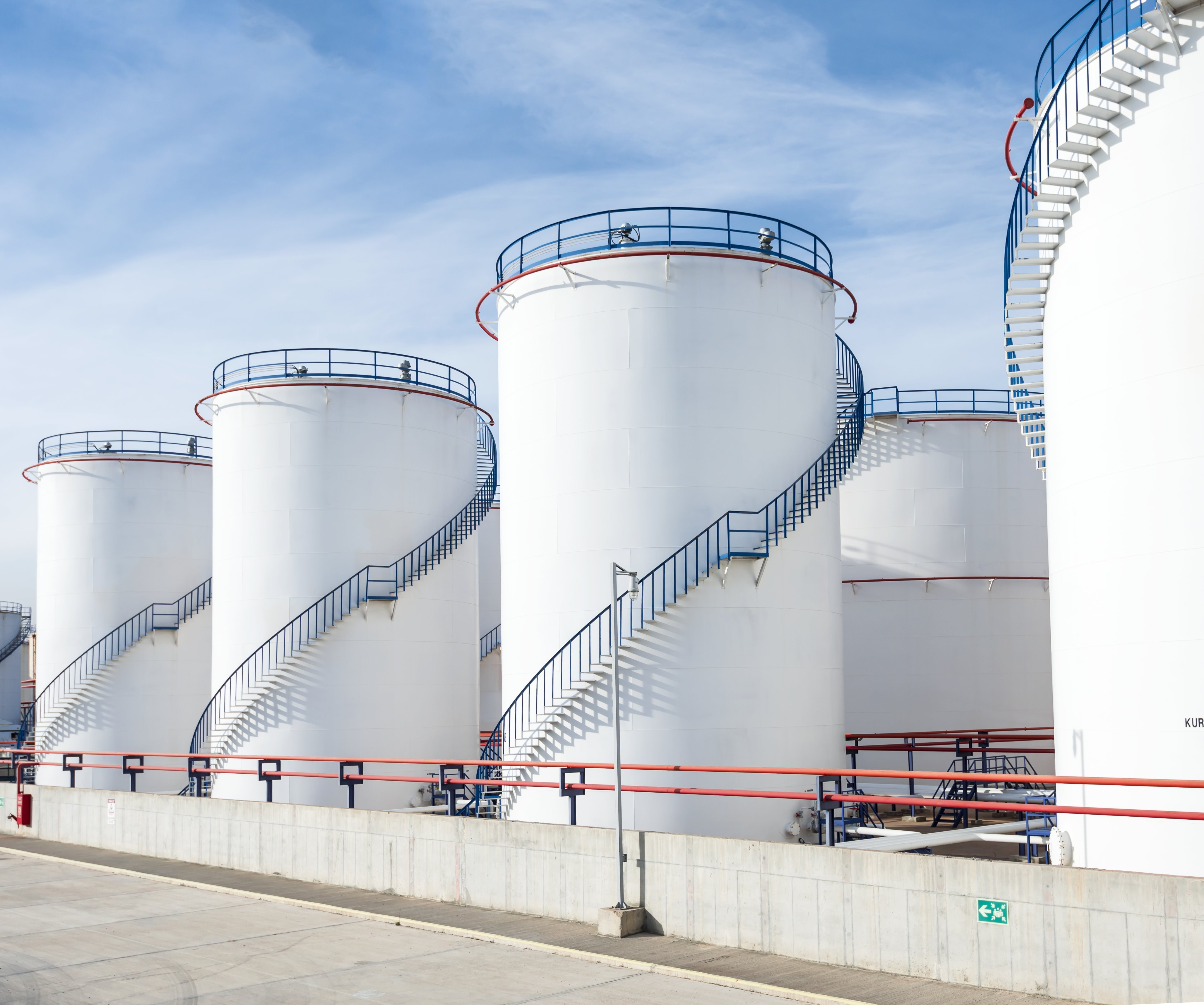 Free Photo Oil Storage Tank Pipeline Plant Power