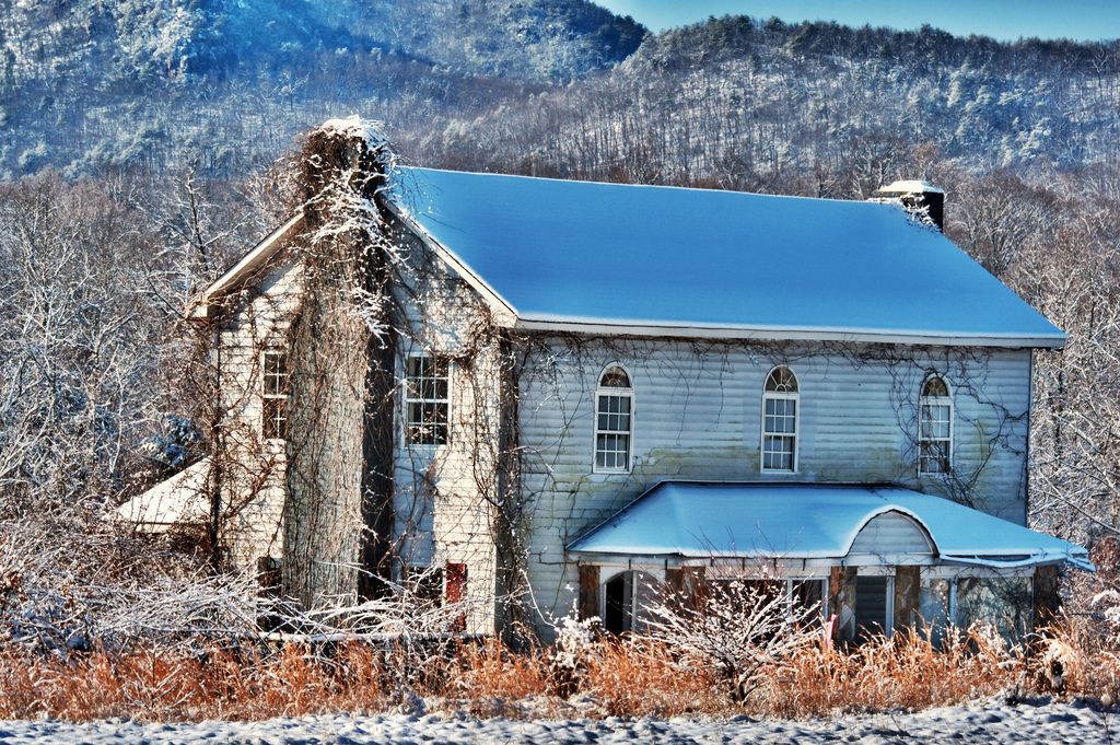 Old abandoned estate in winter, Abandoned, Range, Season, Scenic, HQ Photo