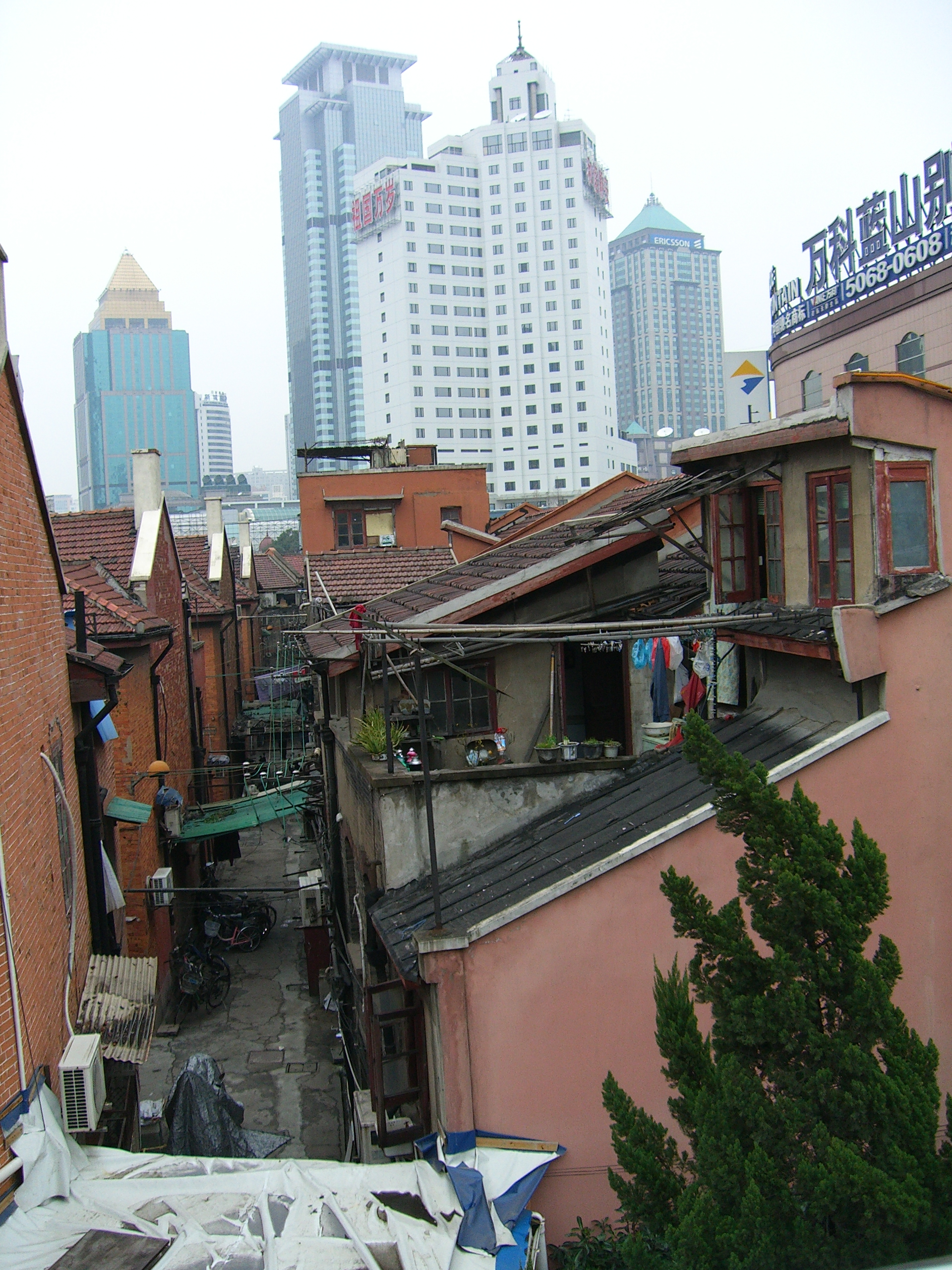 File:Shanghai old and new architecture.jpg - Wikimedia Commons