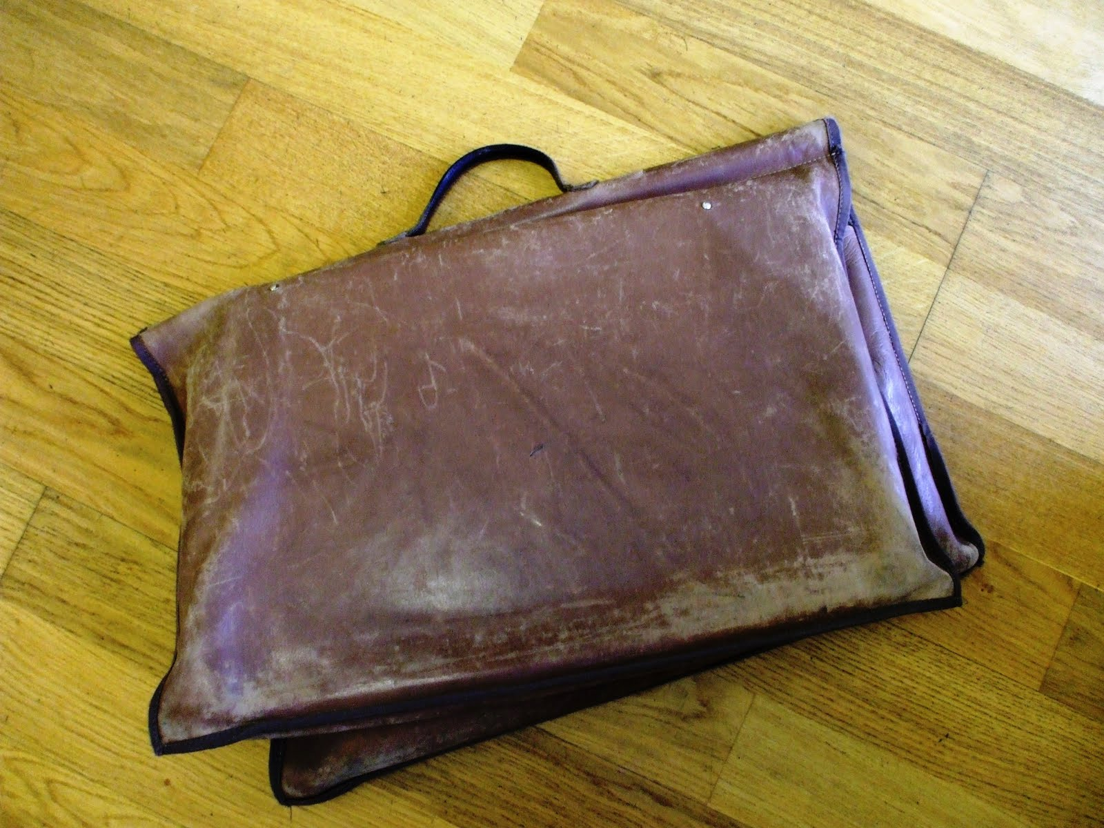 Justin's Amazing World At Fenner Paper: My old bag...