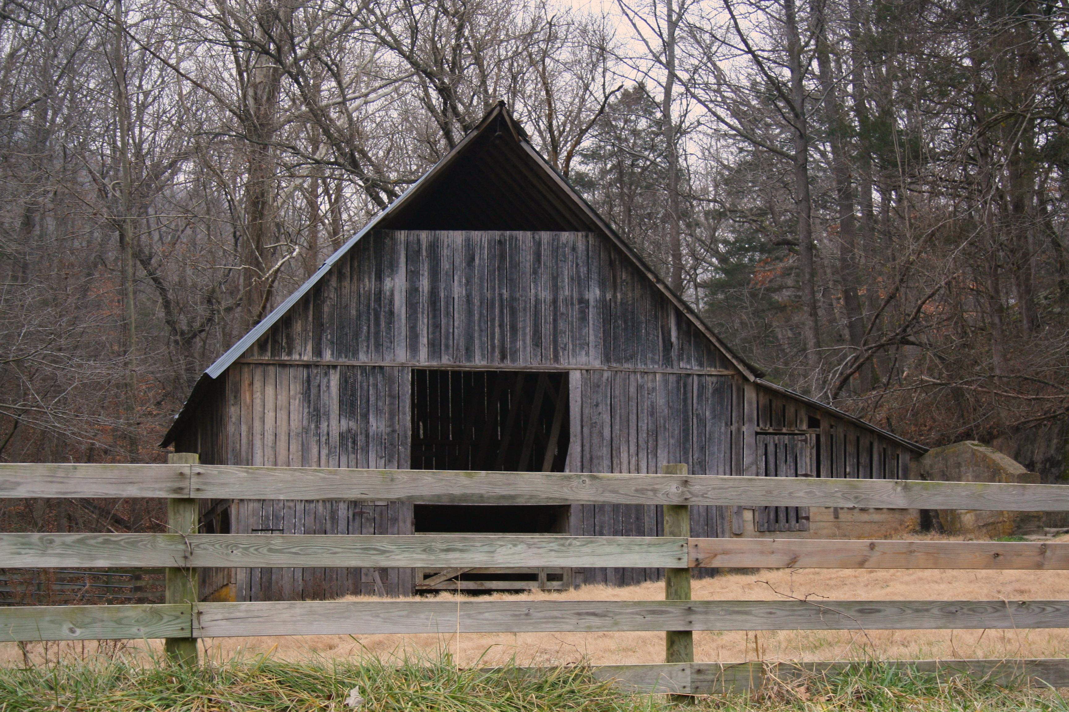 Building An Old Fashioned Pole Barn Part