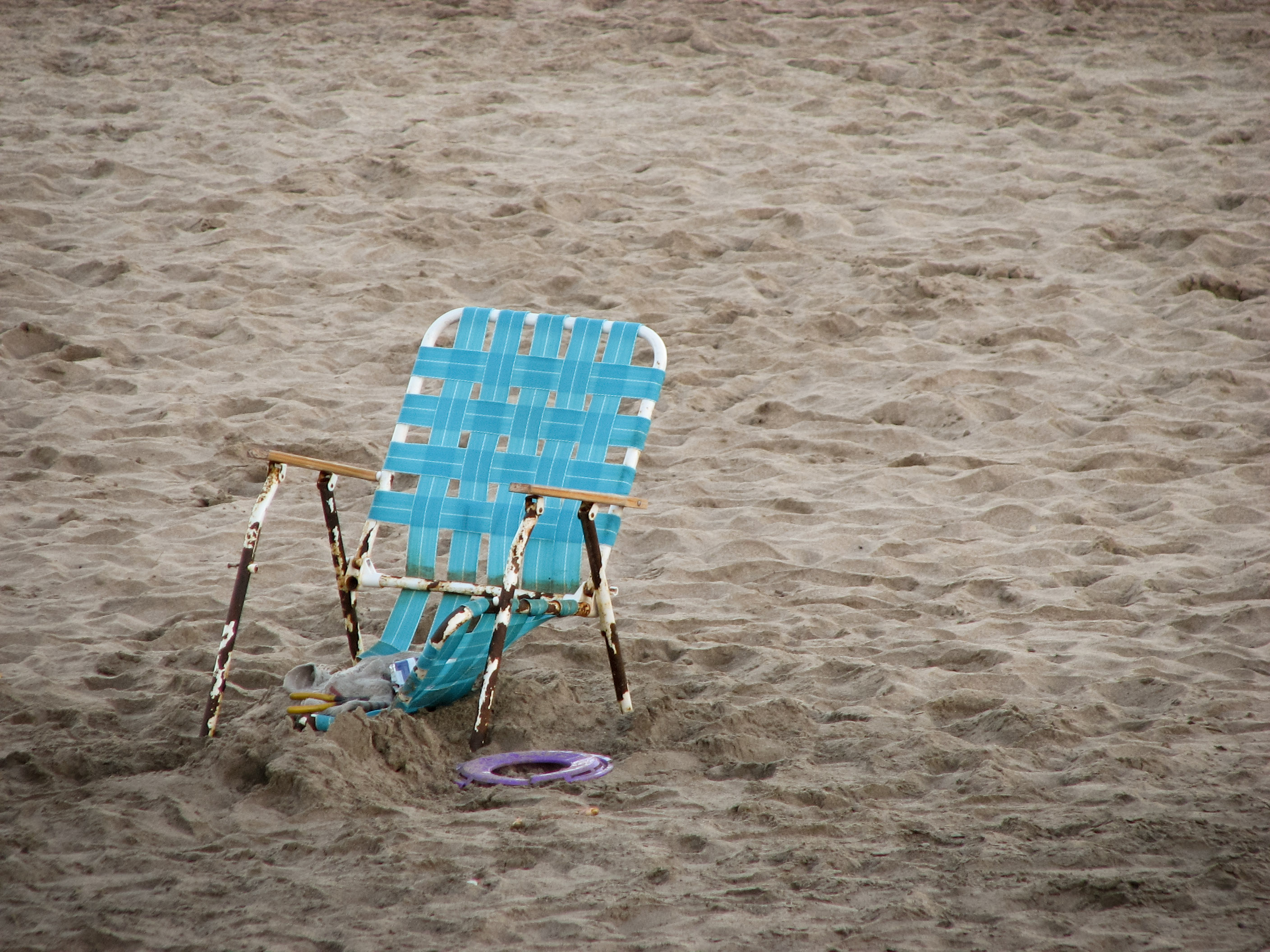 free photo old beach chair rust rusty sand free download jooinn