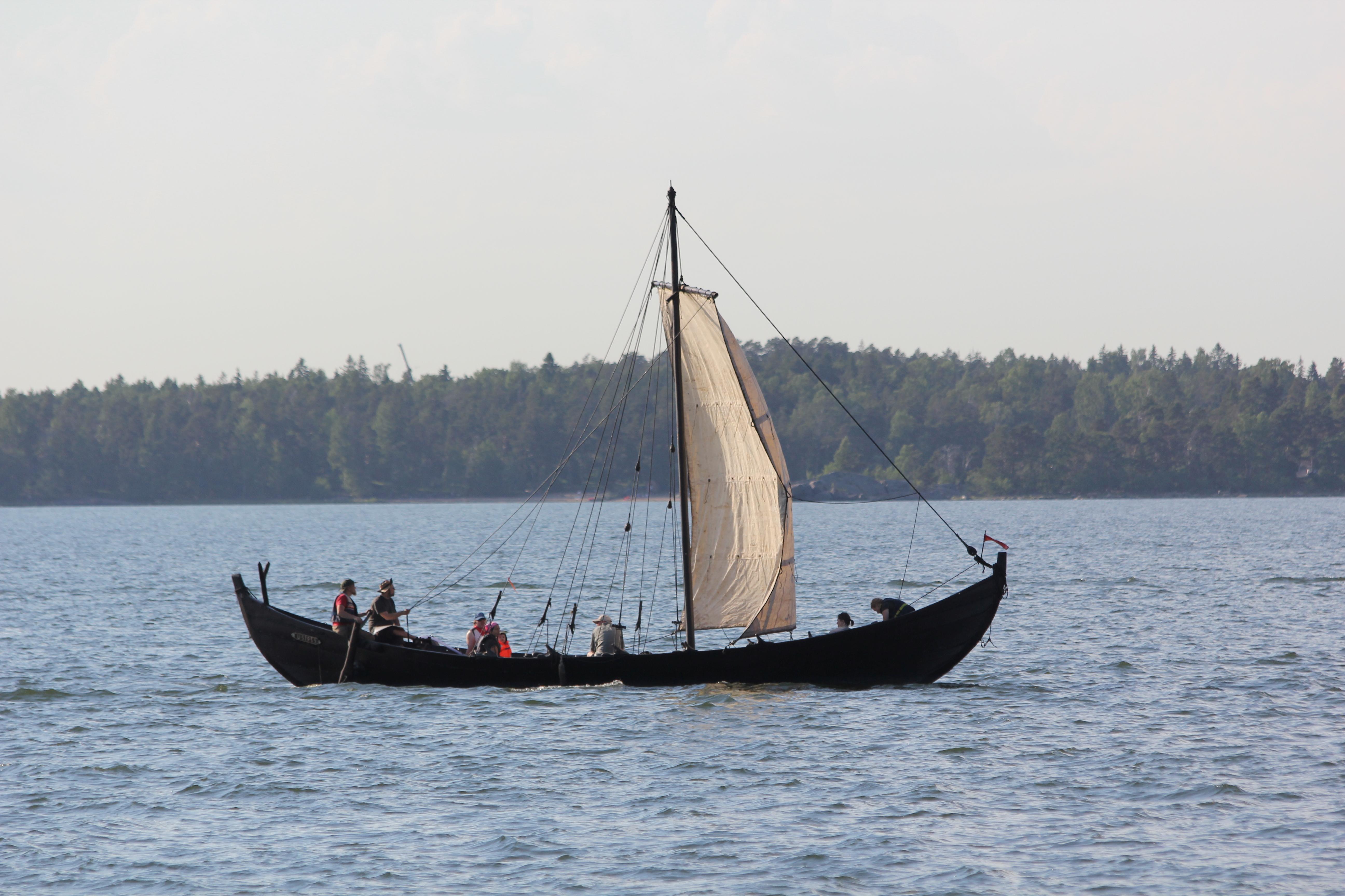 File:Old boat Helsinki 1.JPG - Wikimedia Commons