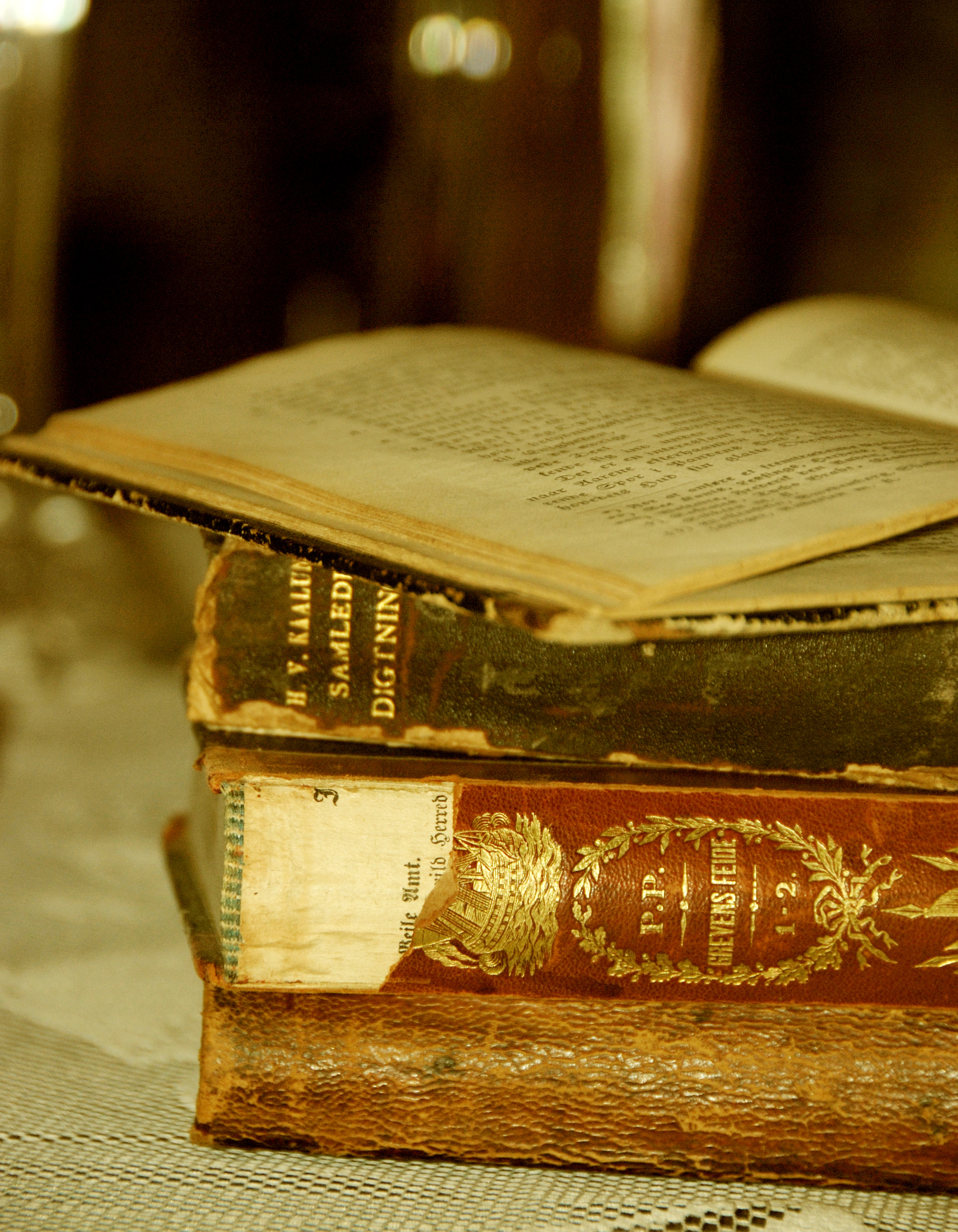 File:Old books - Stories From The Past.jpg - Wikimedia Commons
