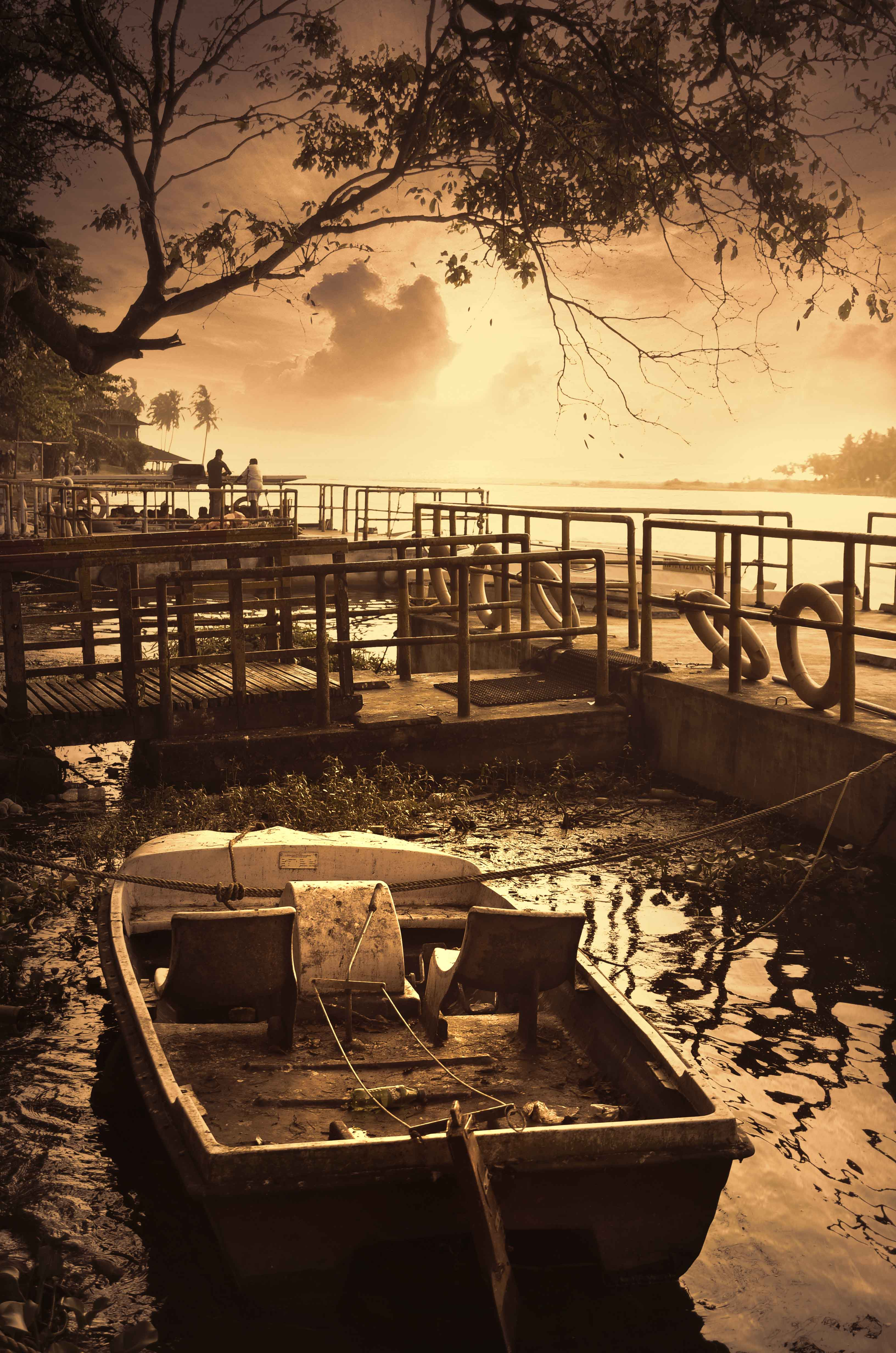 Old broken and tied up boat in River, Boat, Broken, Damage, Evening, HQ Photo