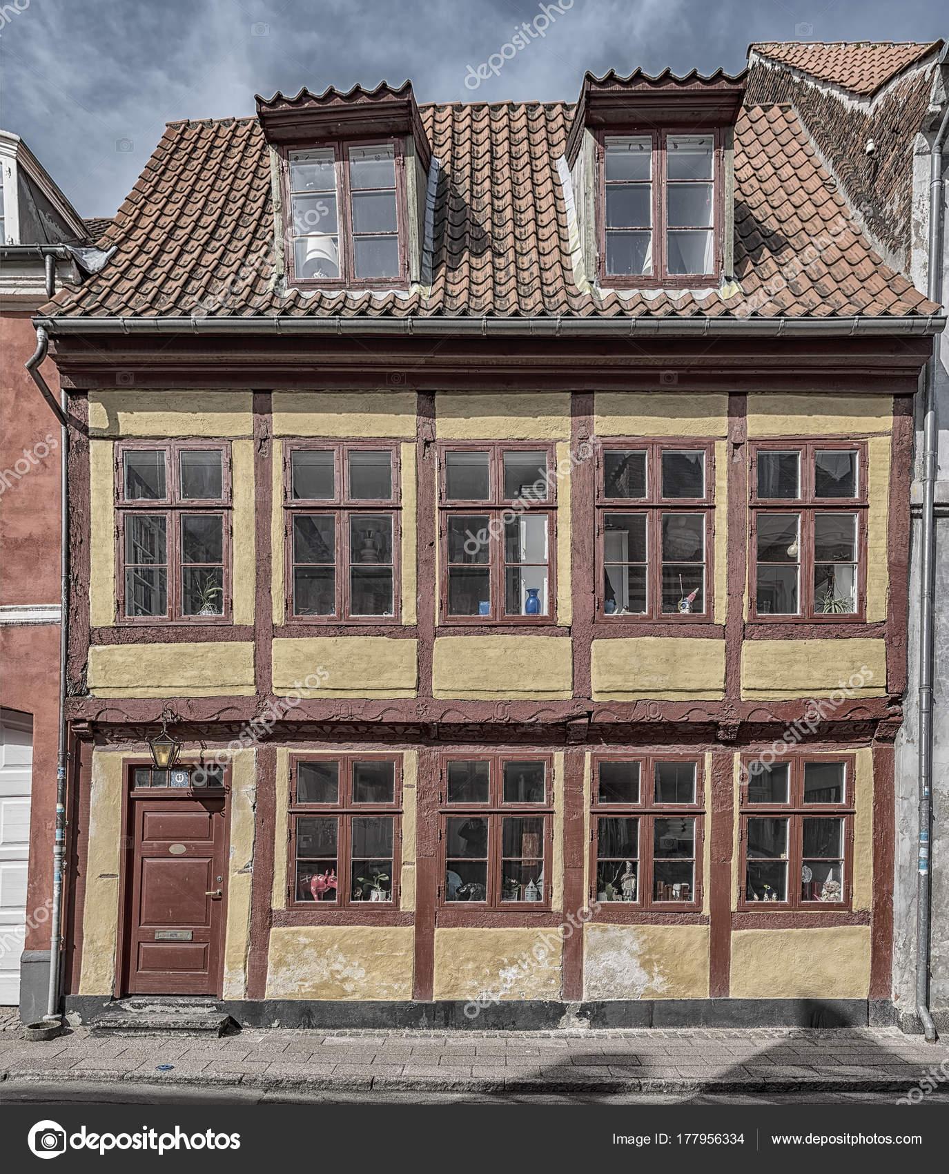 Helsingor Old Building Facade — Stock Photo © Tonygers #177956334