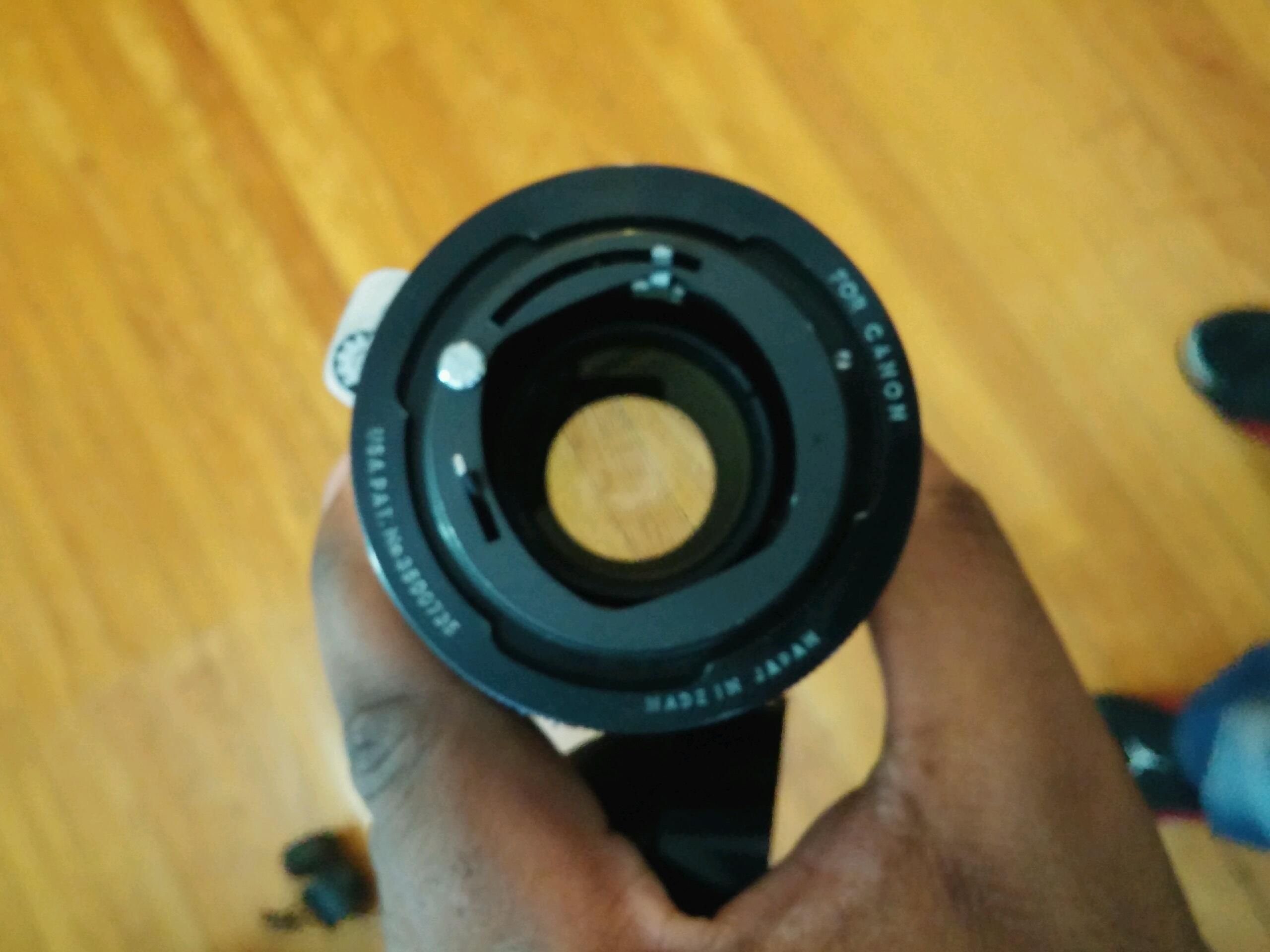 How do I identify the lens mount for this old lens which says