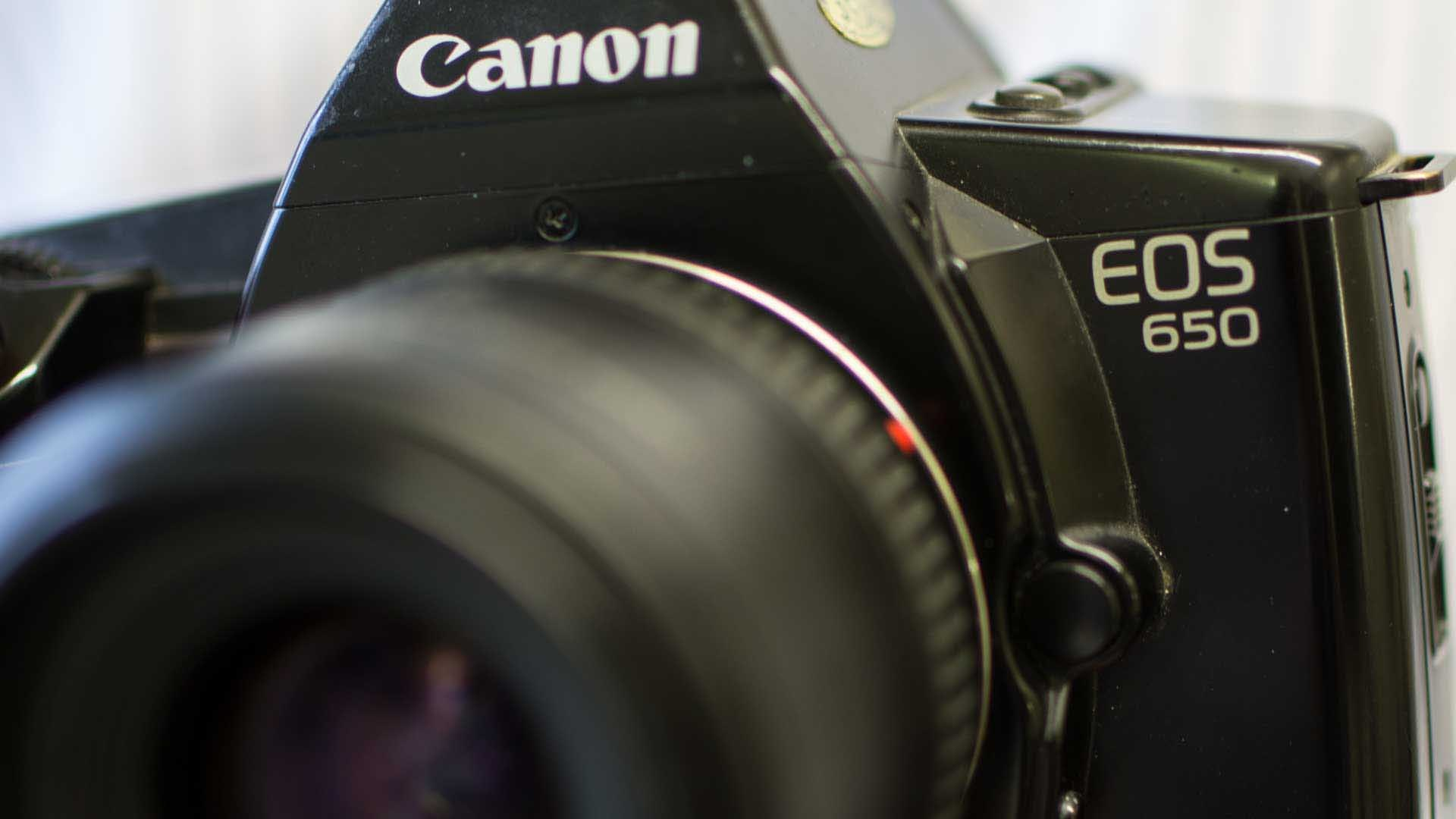 Canon EOS system is 30 years old | Camera Jabber