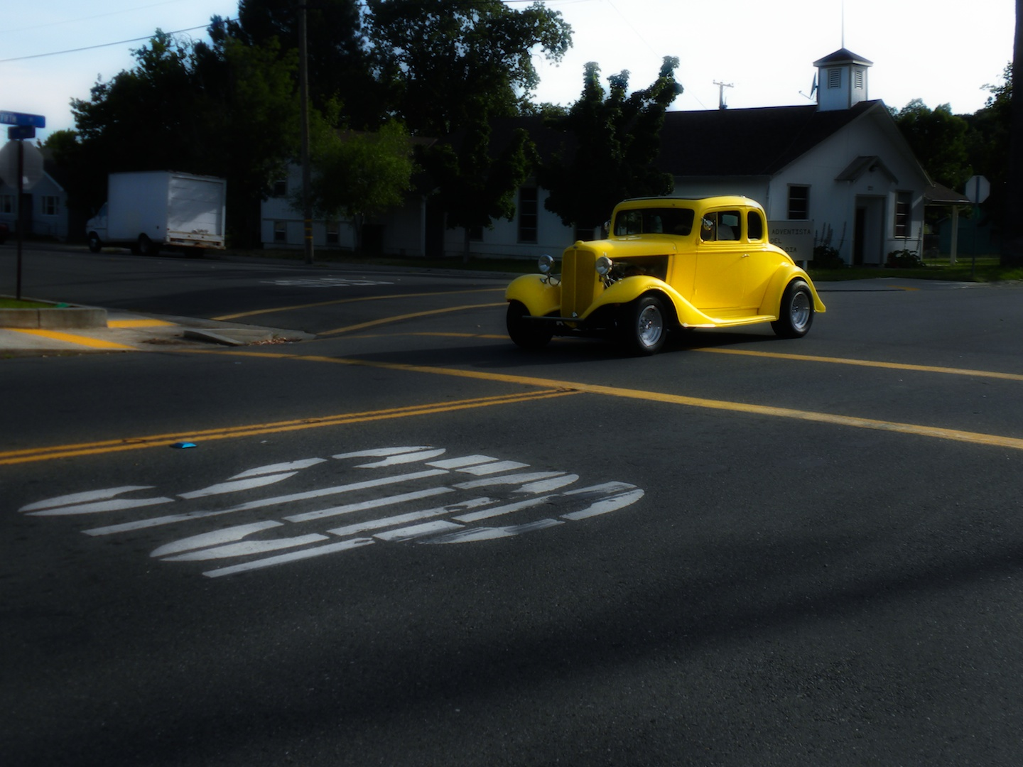 Old Car, Church, Crosswalk, Day, Intersection, HQ Photo