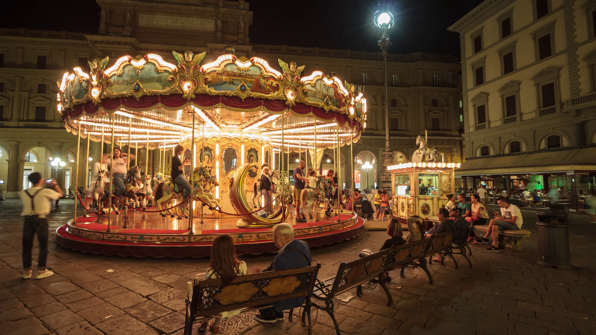 Florence, September 2016: Old carousel with horses in Piazza della ...