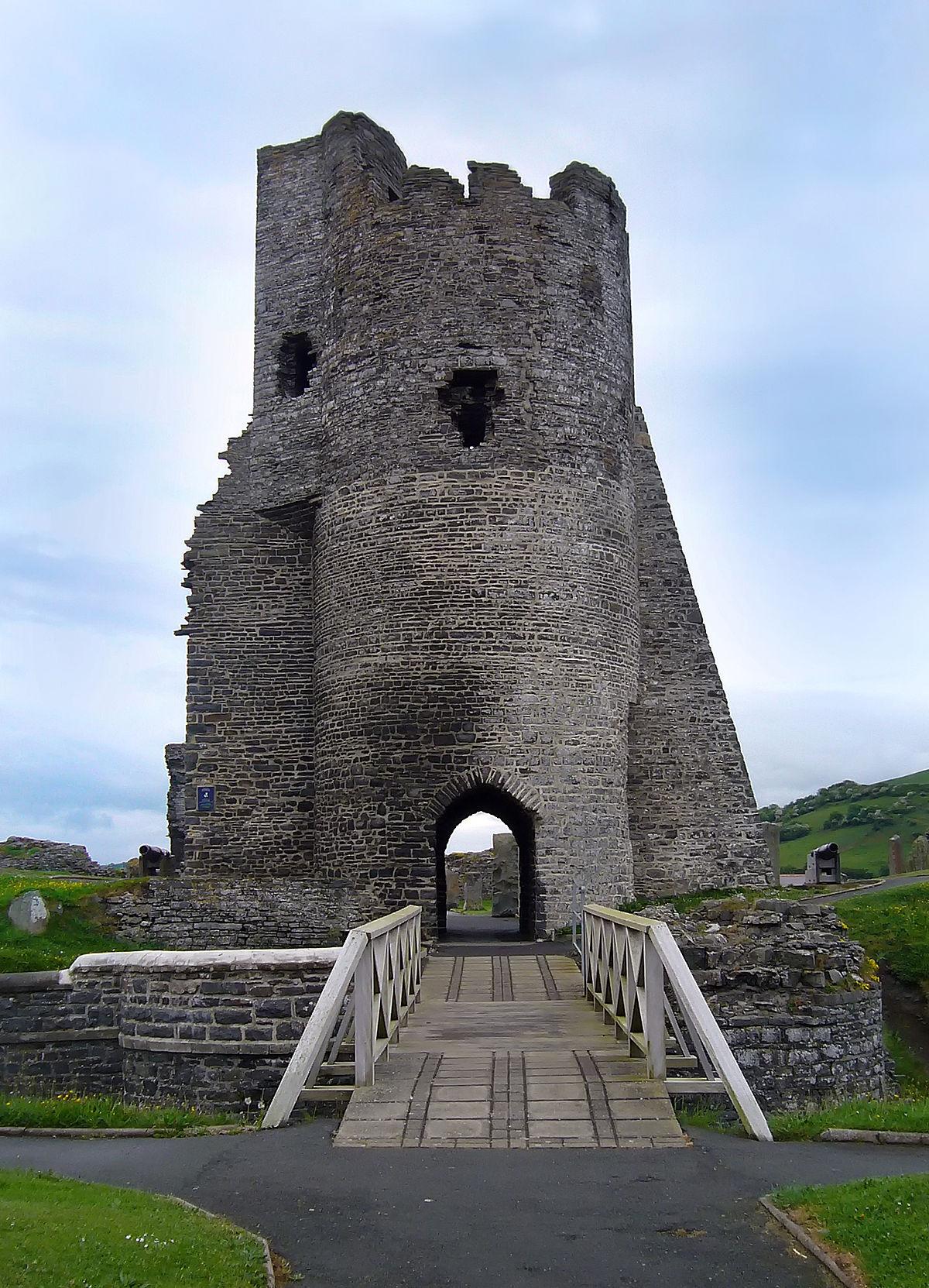 Aberystwyth Castle - Wikipedia