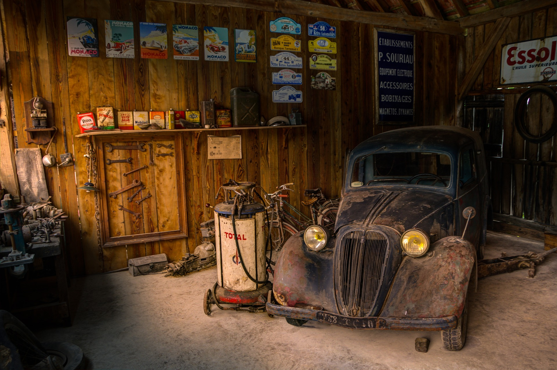 Free photo: Old Garage and Vintage Car - Grungy, Old, Grunge - Free ...