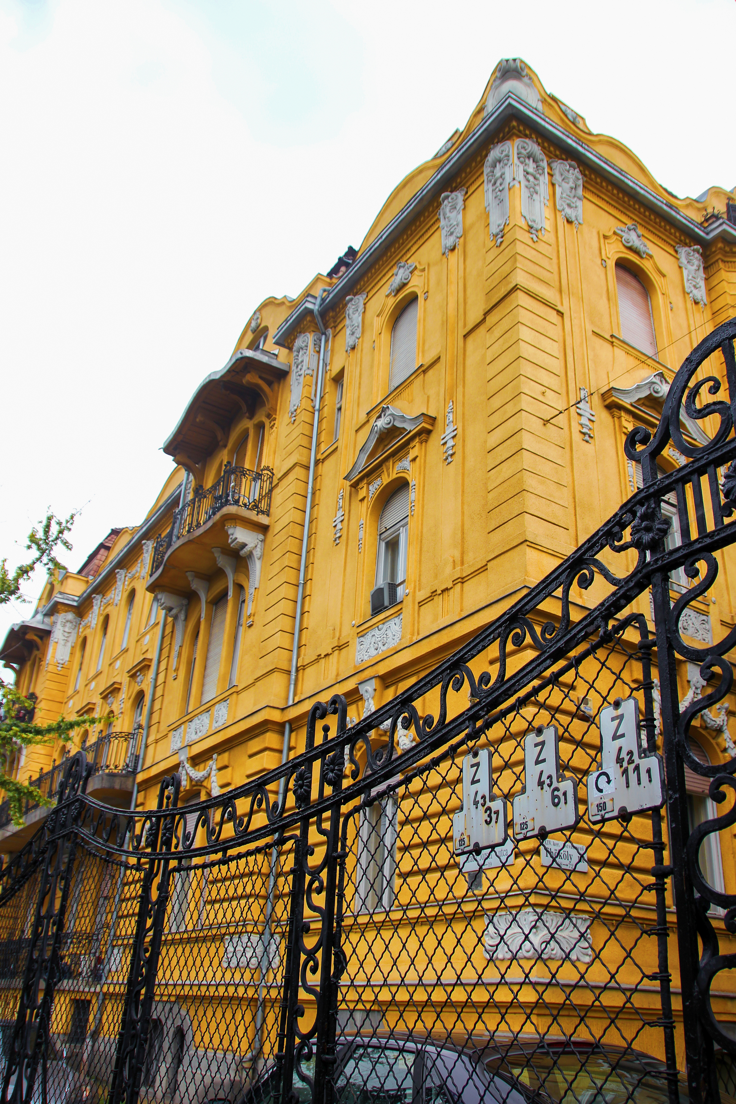 Old house in budapest photo