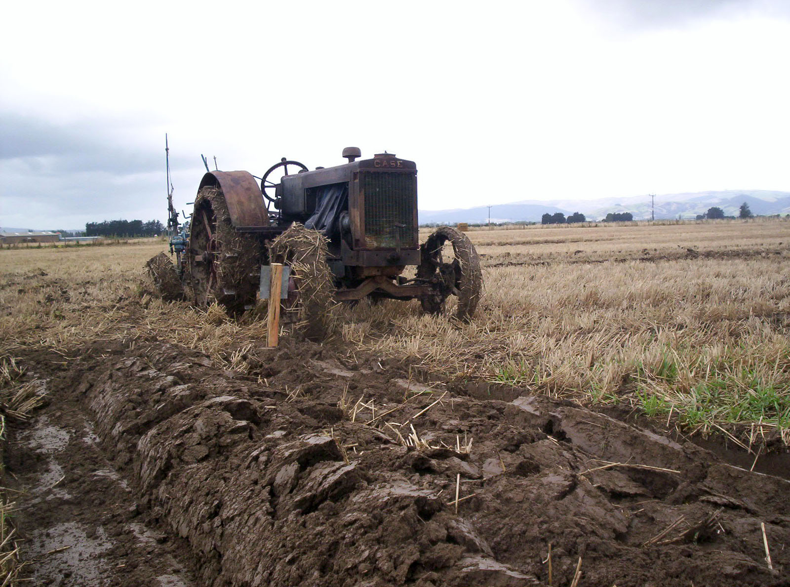 Old Timer, Bspo06, Chain, Furrows, Haybales, HQ Photo