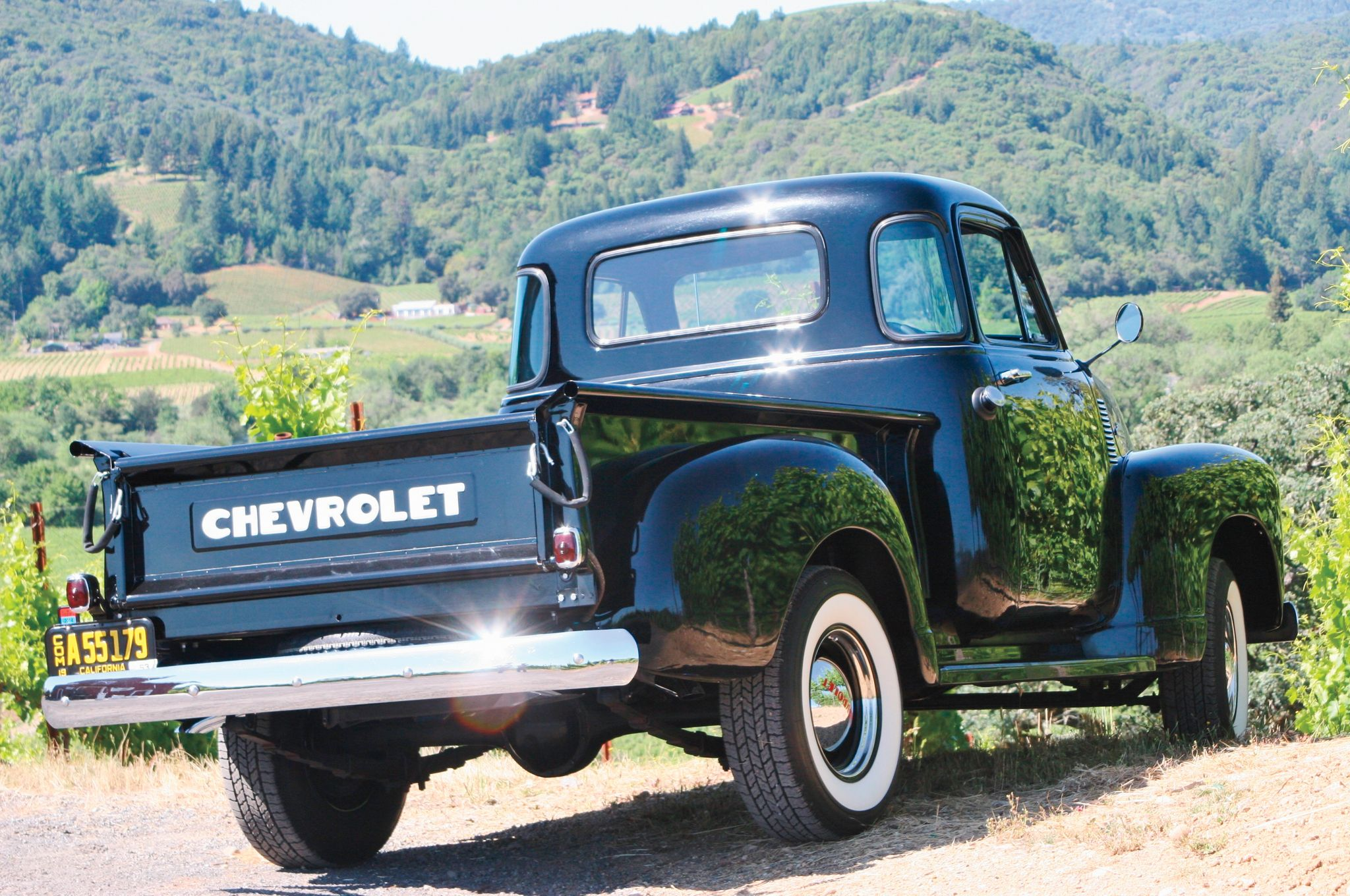 Old Trucks And Tractors In California Wine Country - Travel