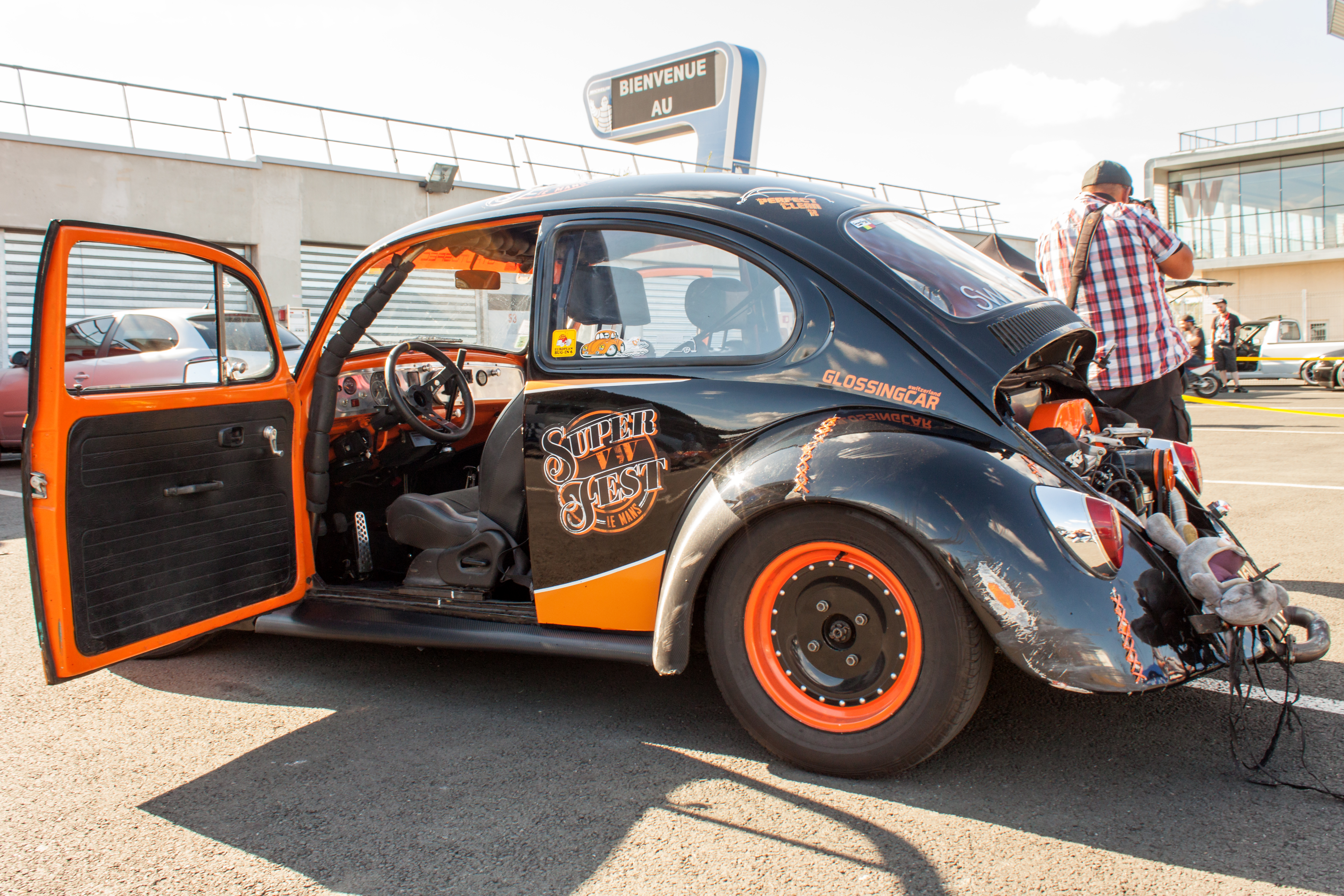 Classic VW Beetle Custom Tuning Pictures During Super Volkswagen ...