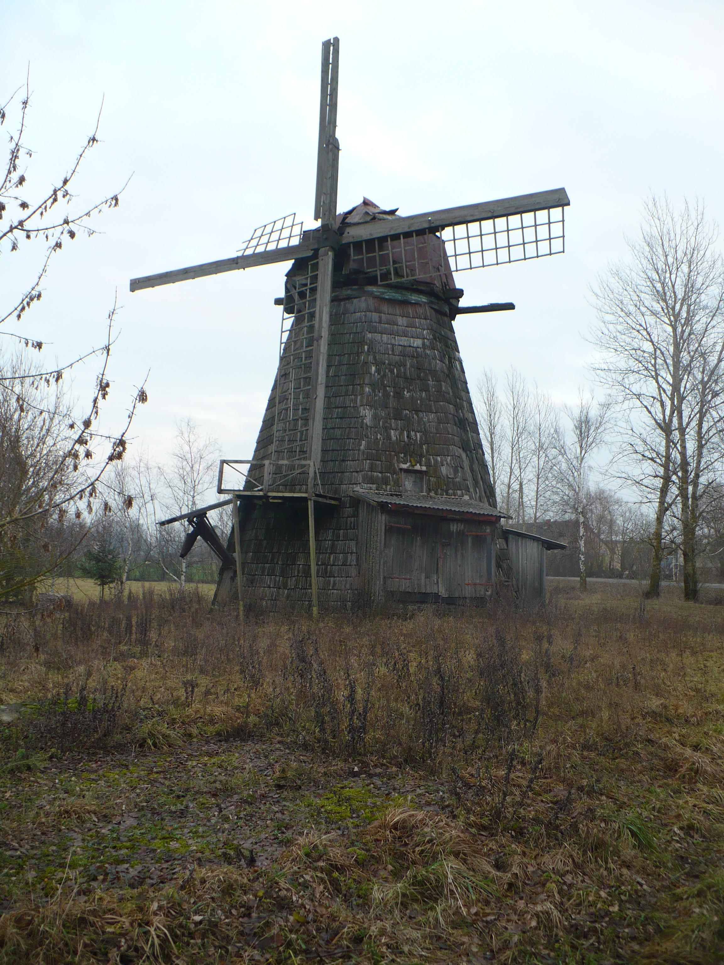 File:Old windmill - panoramio.jpg - Wikimedia Commons