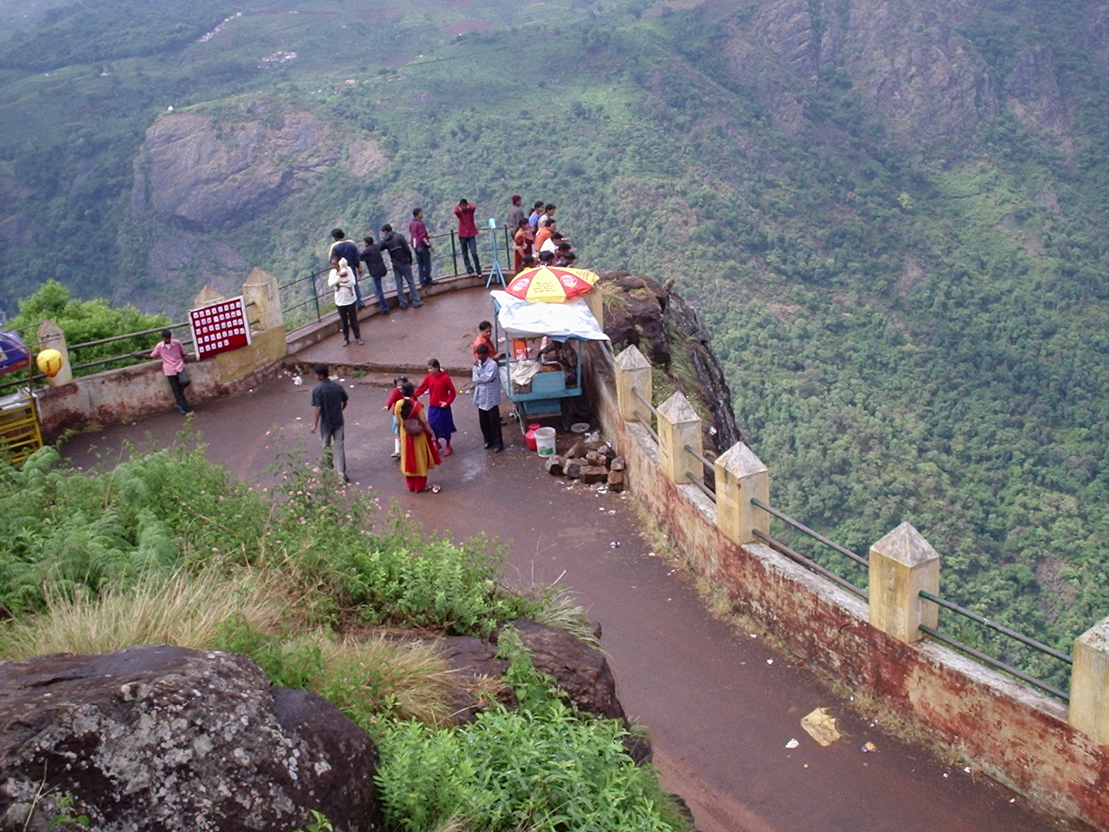 Dolphin's Nose View point in Ooty - Video Reviews, Photos, History ...