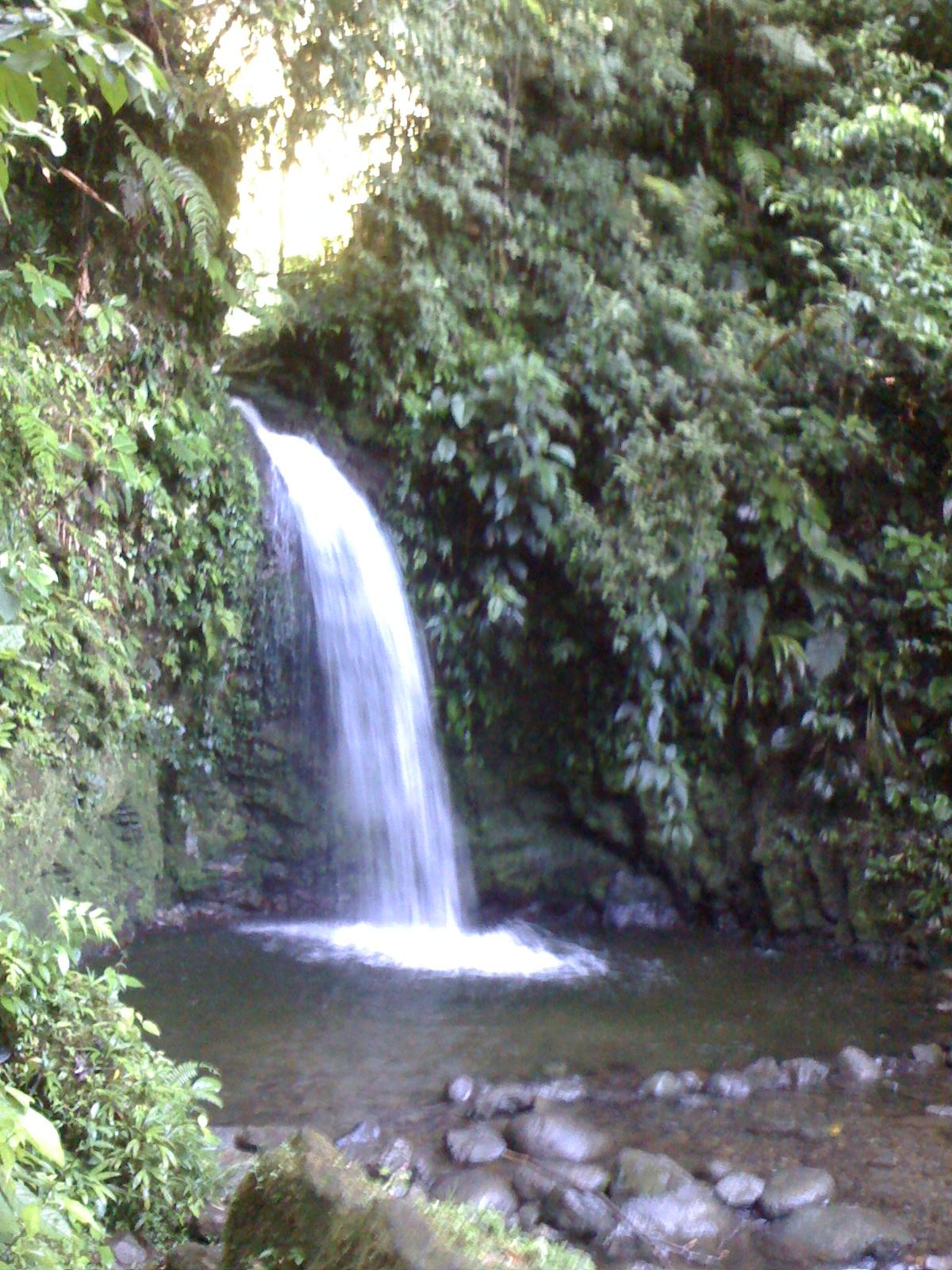 Exploring Santa Fe, Panama Trails, Alto de Piedra Waterfalls ...