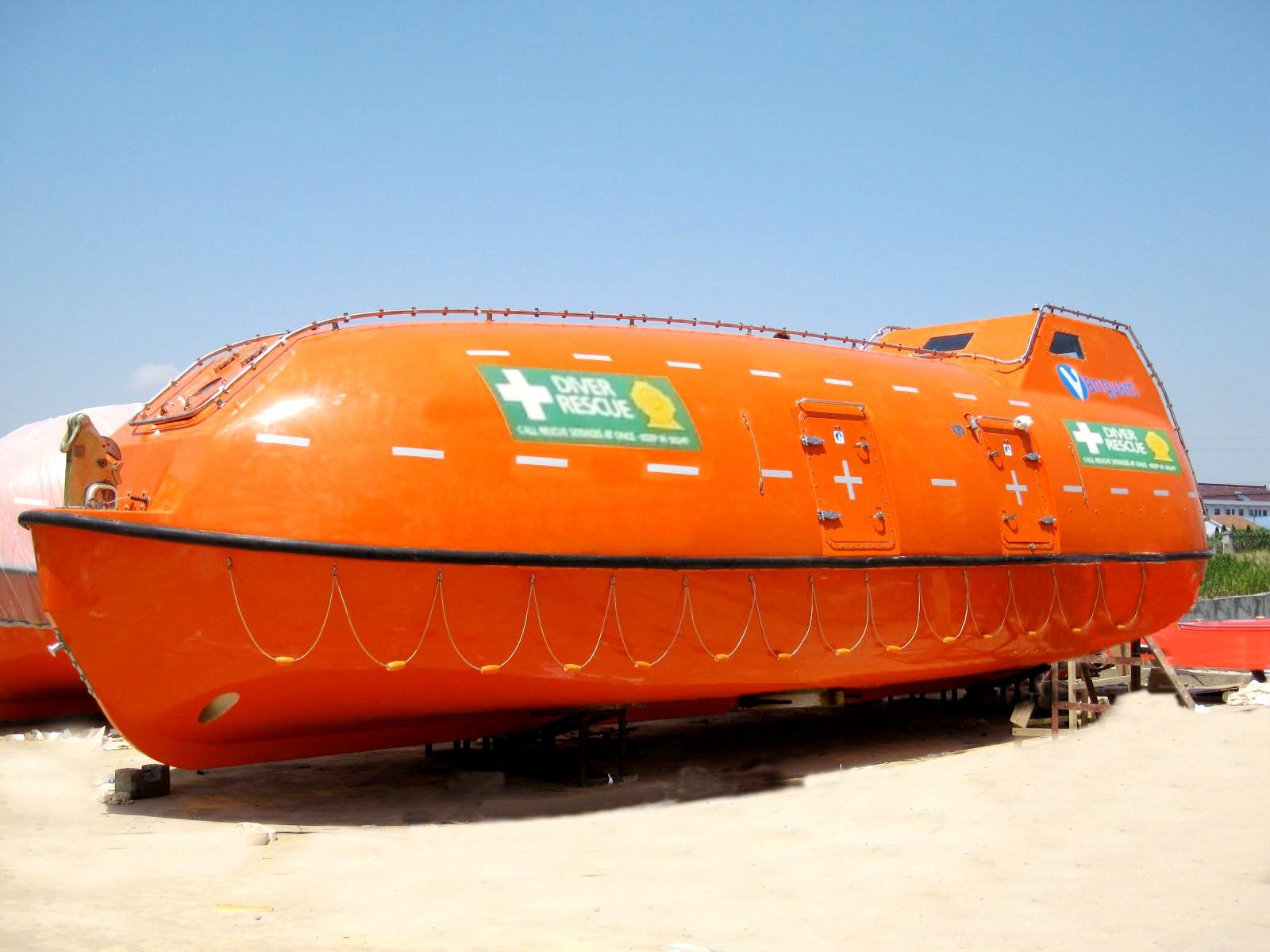 Vanguard Lifeboats   Self-Propelled Hyperbaric Lifeboat (SPHL)