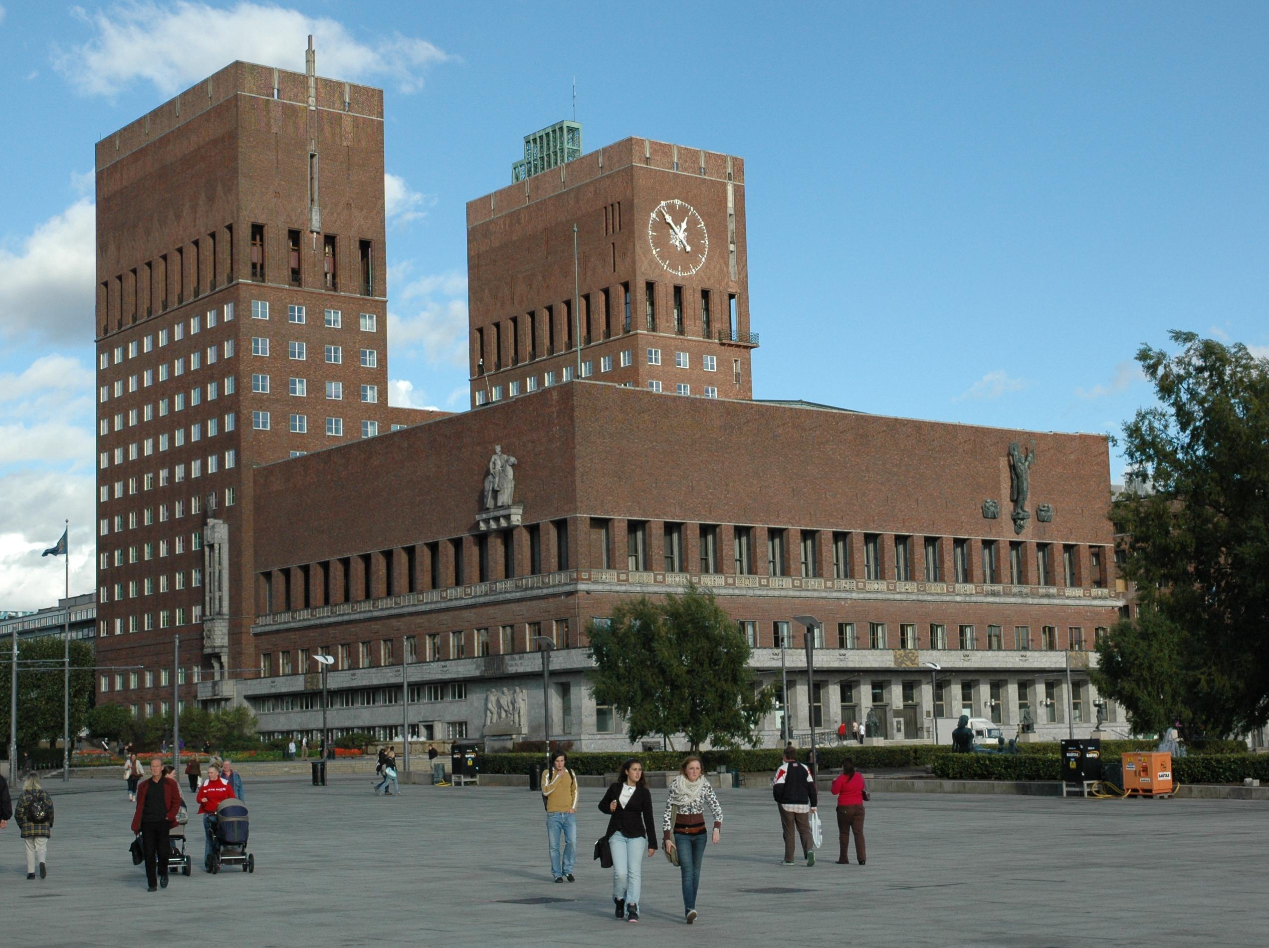 Oslo city hall photo