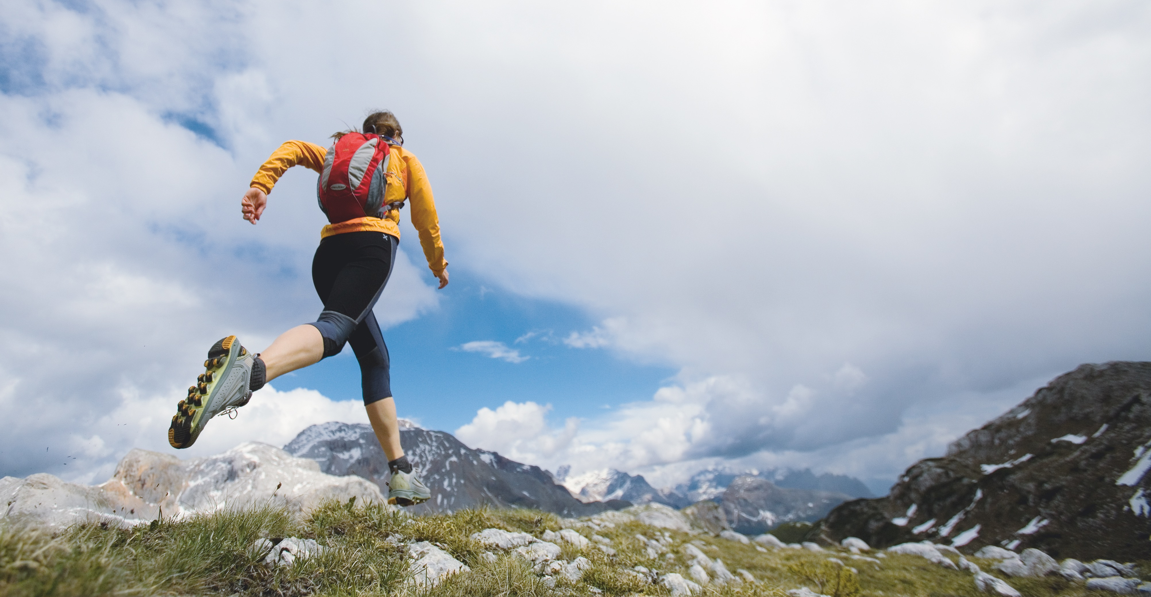Is It Better to Exercise Inside or Outside? | Greatist