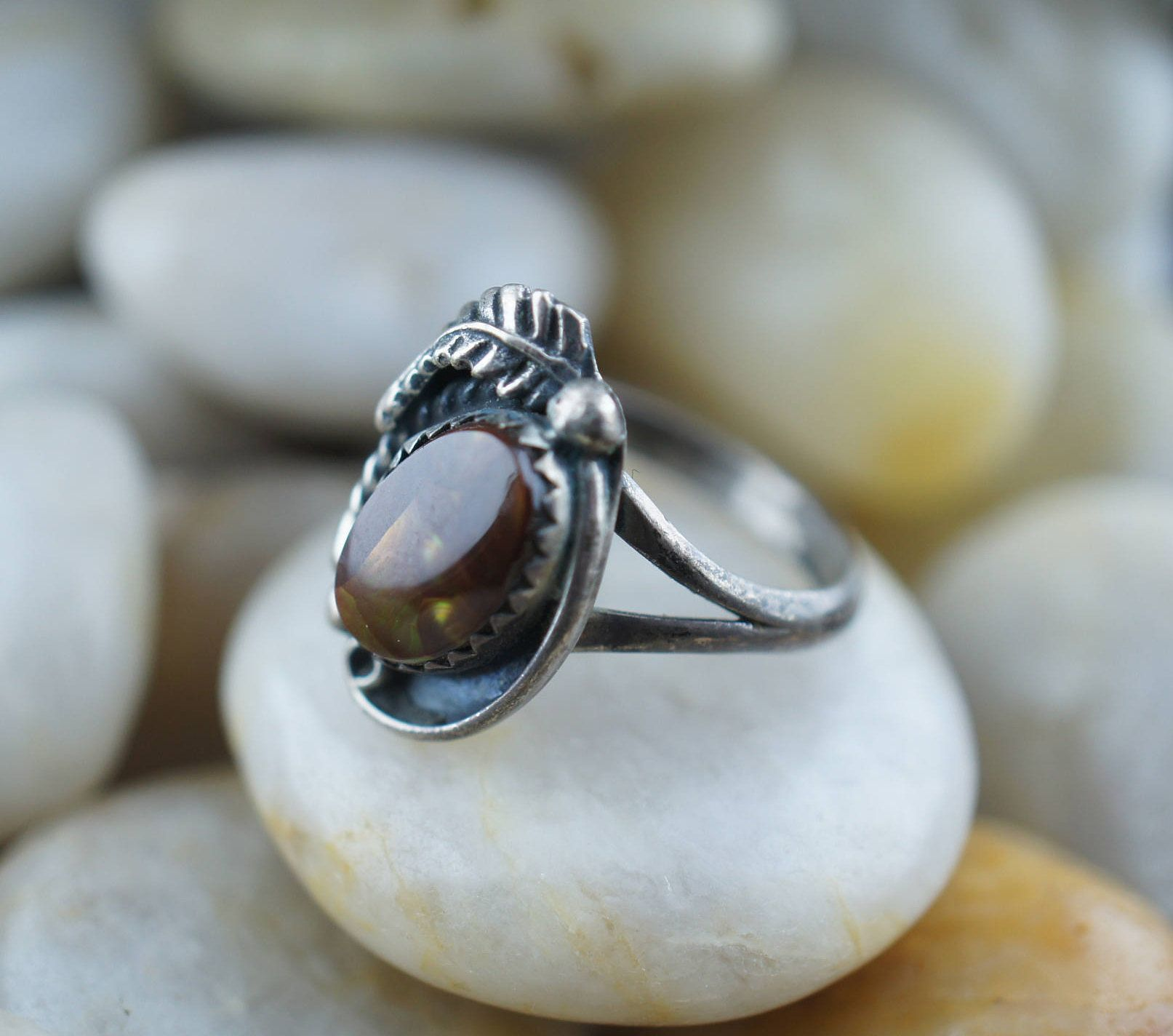 925 STERLING SILVER Ring C/S Size 6.5 oval Brown stone amber Art ...