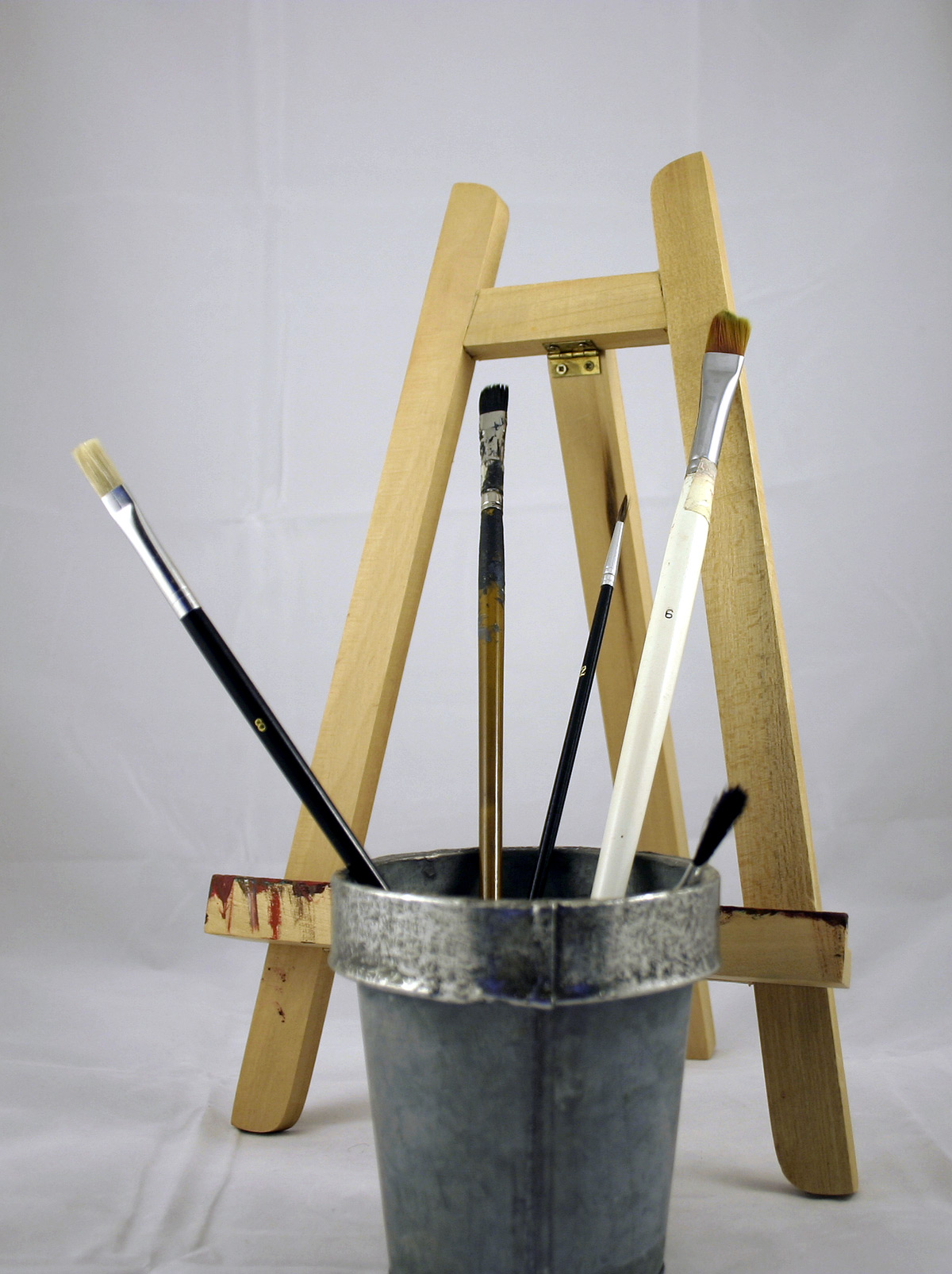 Paint brushes and display easel, Art, Brush, Craft, Display, HQ Photo