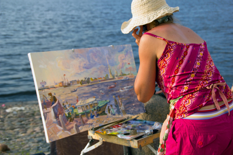 Painting a picture, Art, Paint-brush, Unrecognized, Unrecognizable, HQ Photo