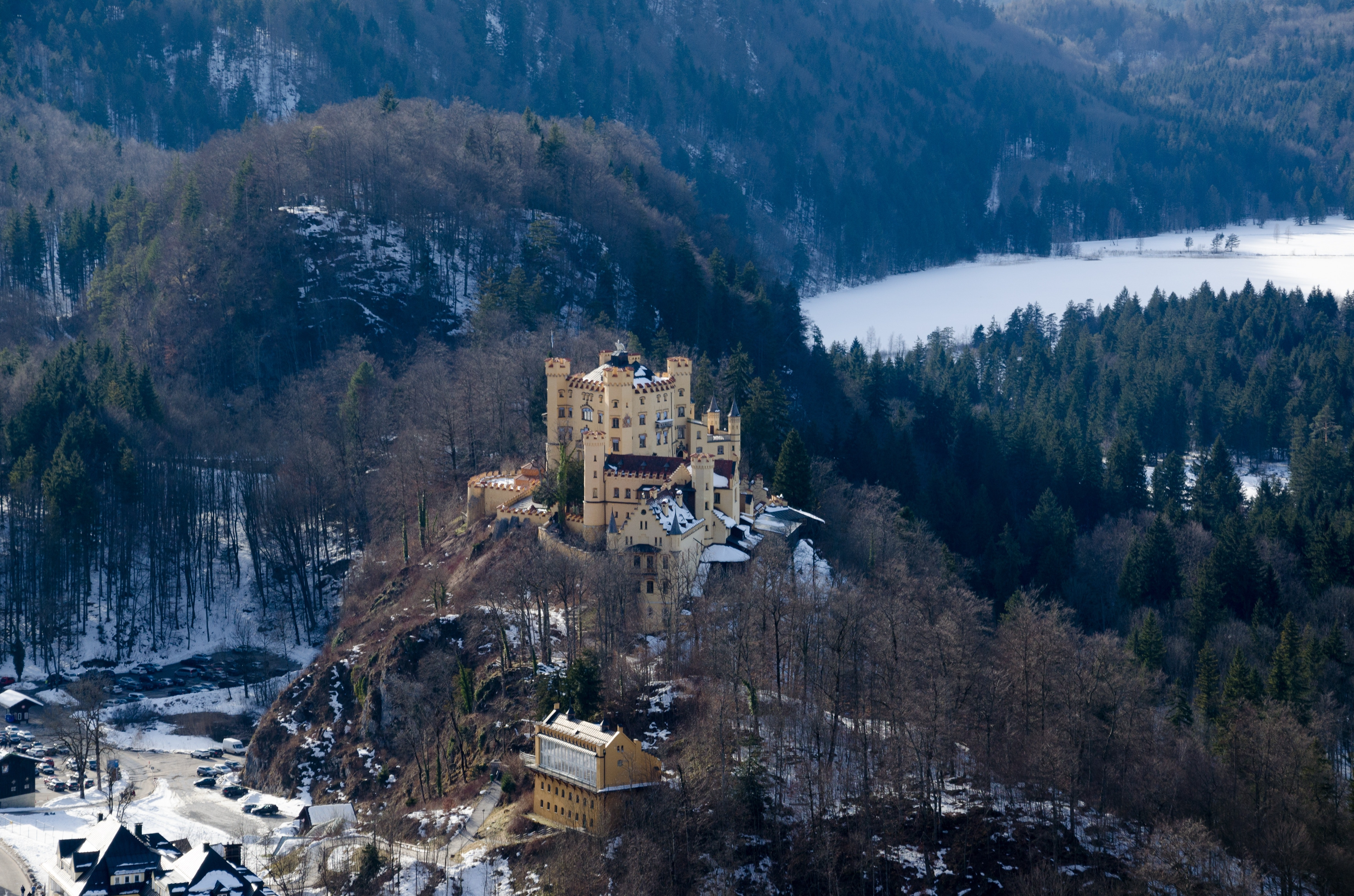 Panoramic View of Houses and Trees at Night, Castle, Winter, Water, Valley, HQ Photo