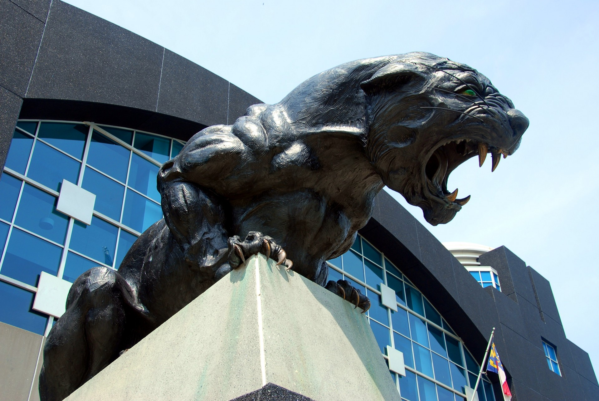 Panther Stadium Statue Free Stock Photo - Public Domain Pictures