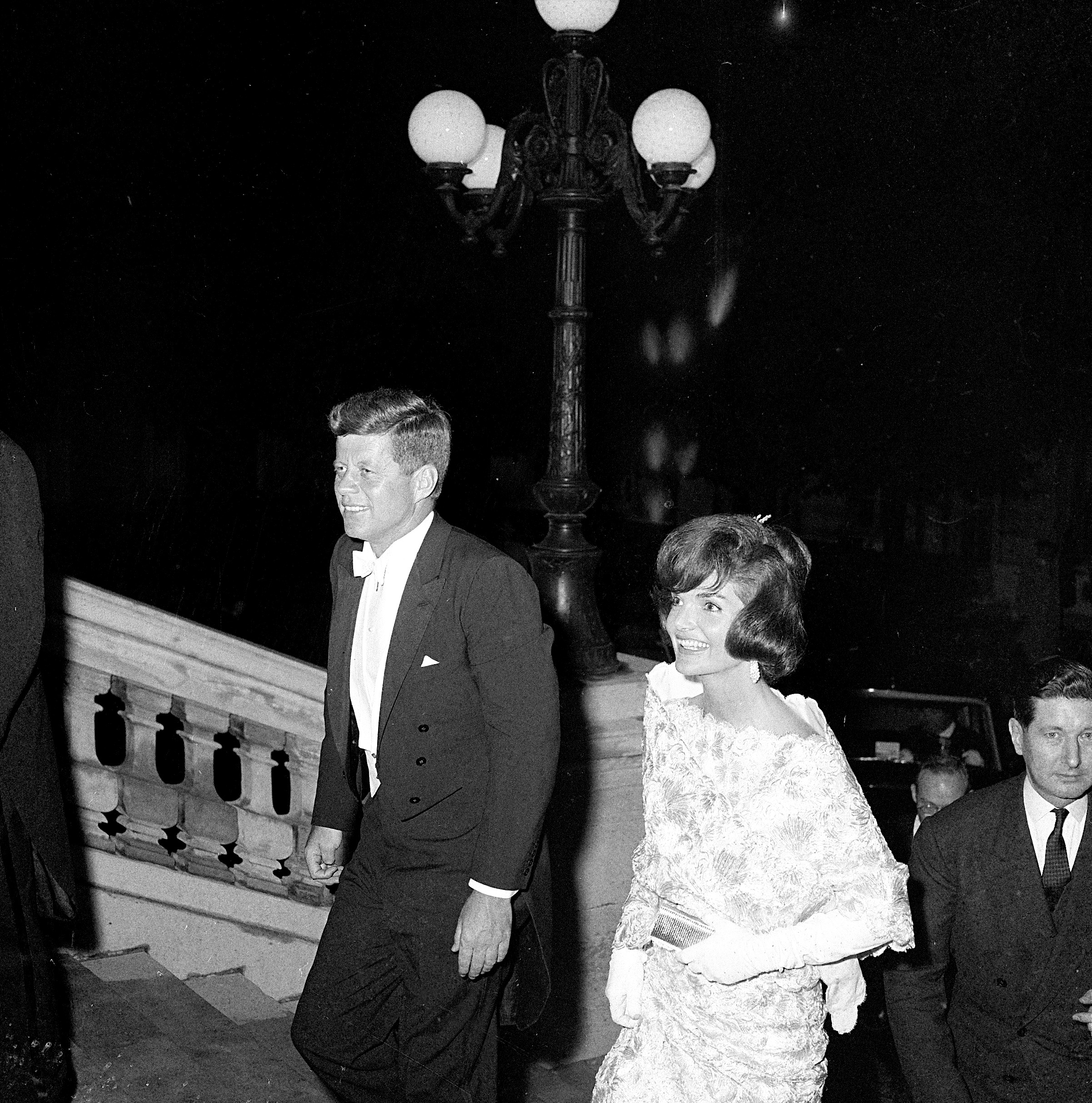 President and Mrs. Kennedy in Paris, May 31, 1961 - John F. Kennedy ...