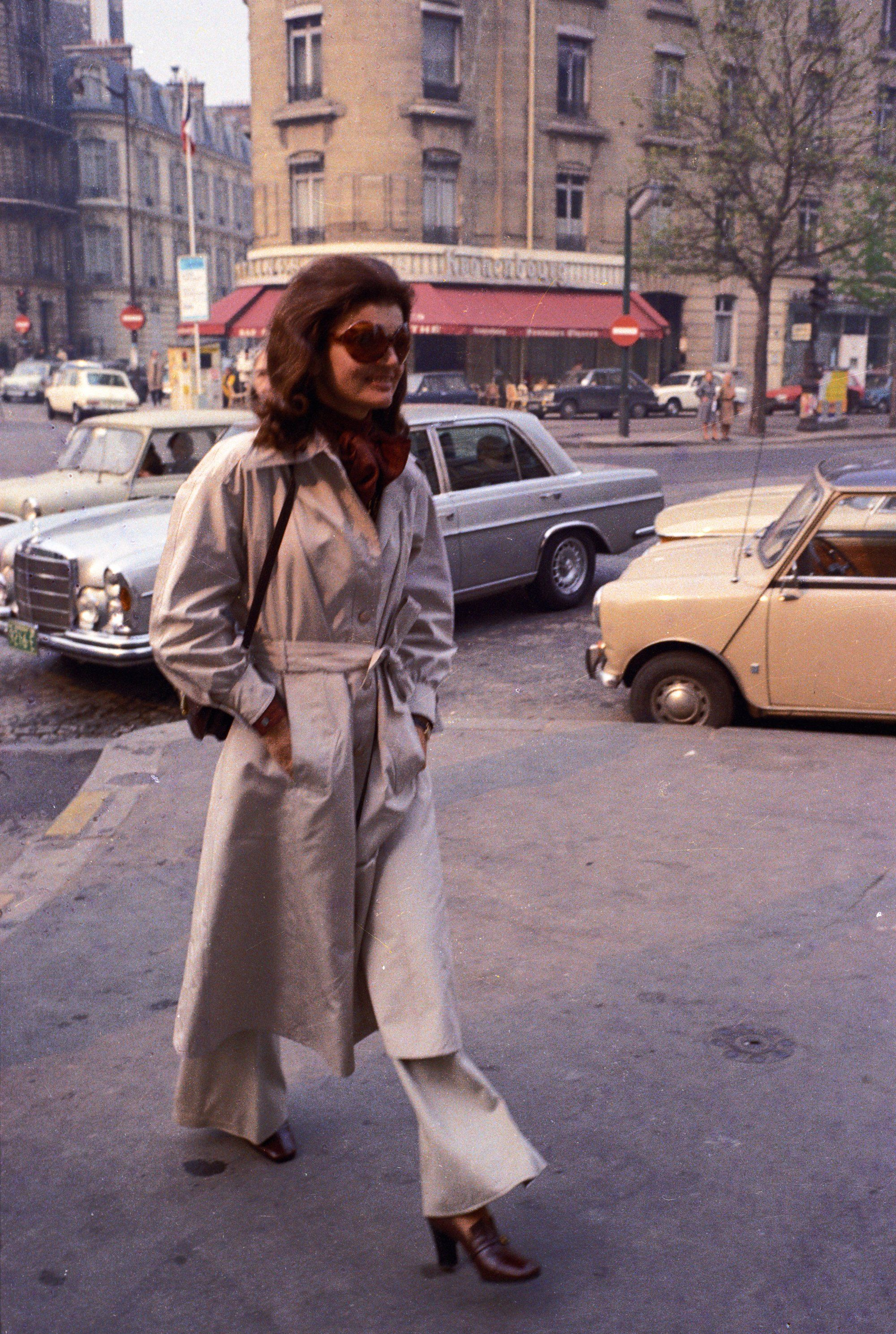 Americans in Paris: 9 Iconic Women Who Took Their Beauty Cues from ...