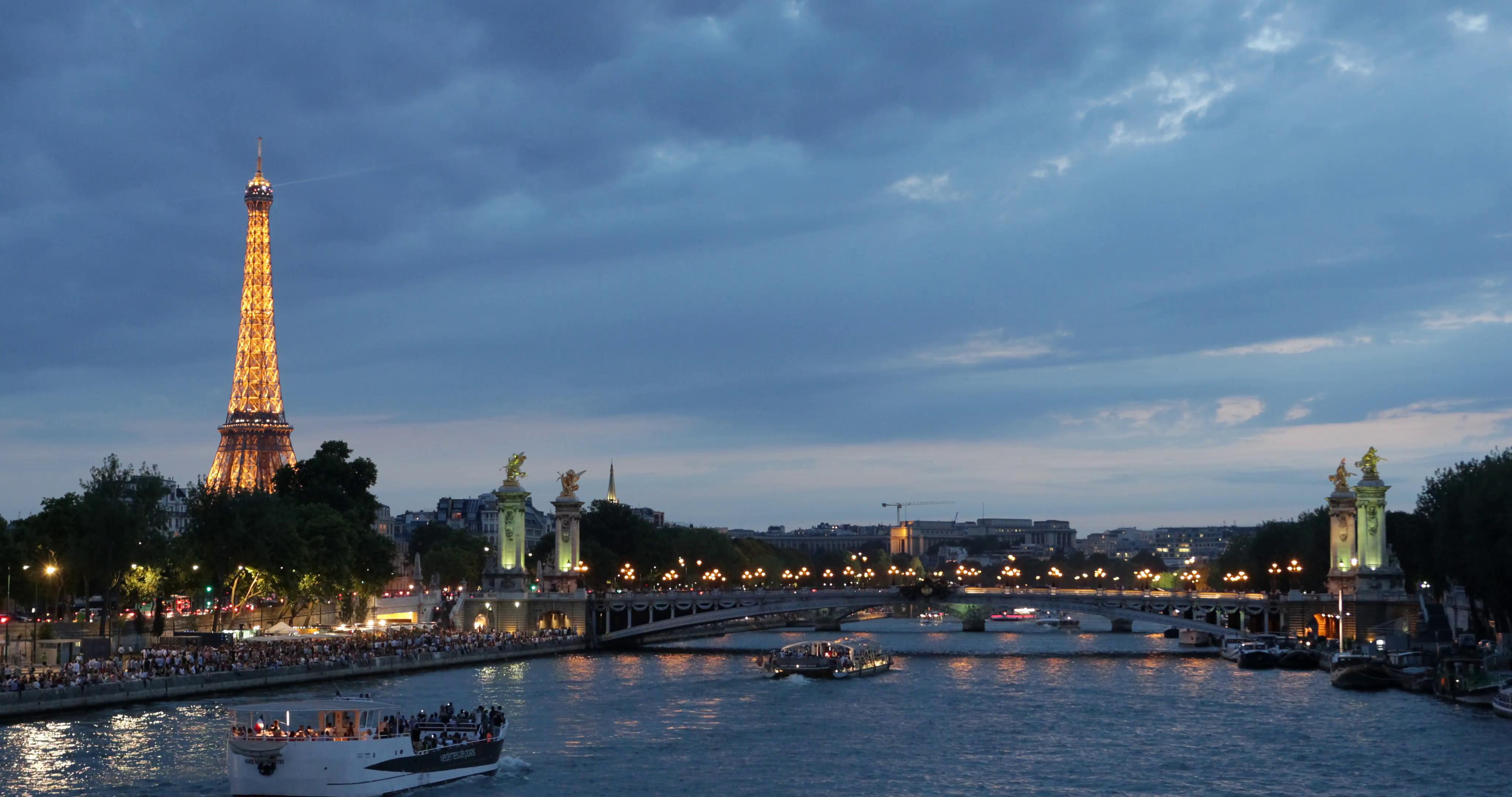 Ultra HD 4K Illuminated Night Paris Skyline Eiffel Tower Alexander ...